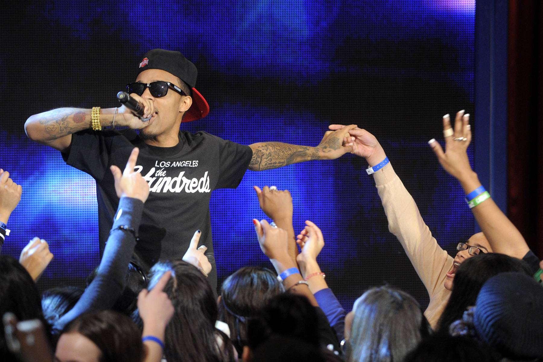Touch My Hand - Bow Wow performs at 106 & Park, January 23, 2012. (Photo: John Ricard / BET)