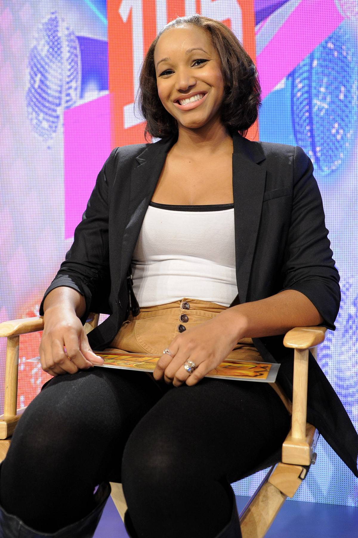 Laid-back - Freestyle Friday judge Amber McKynzie, associate editor at XXL Magazine, at 106 & Park, January 20, 2012. (Photo: John Ricard / BET)