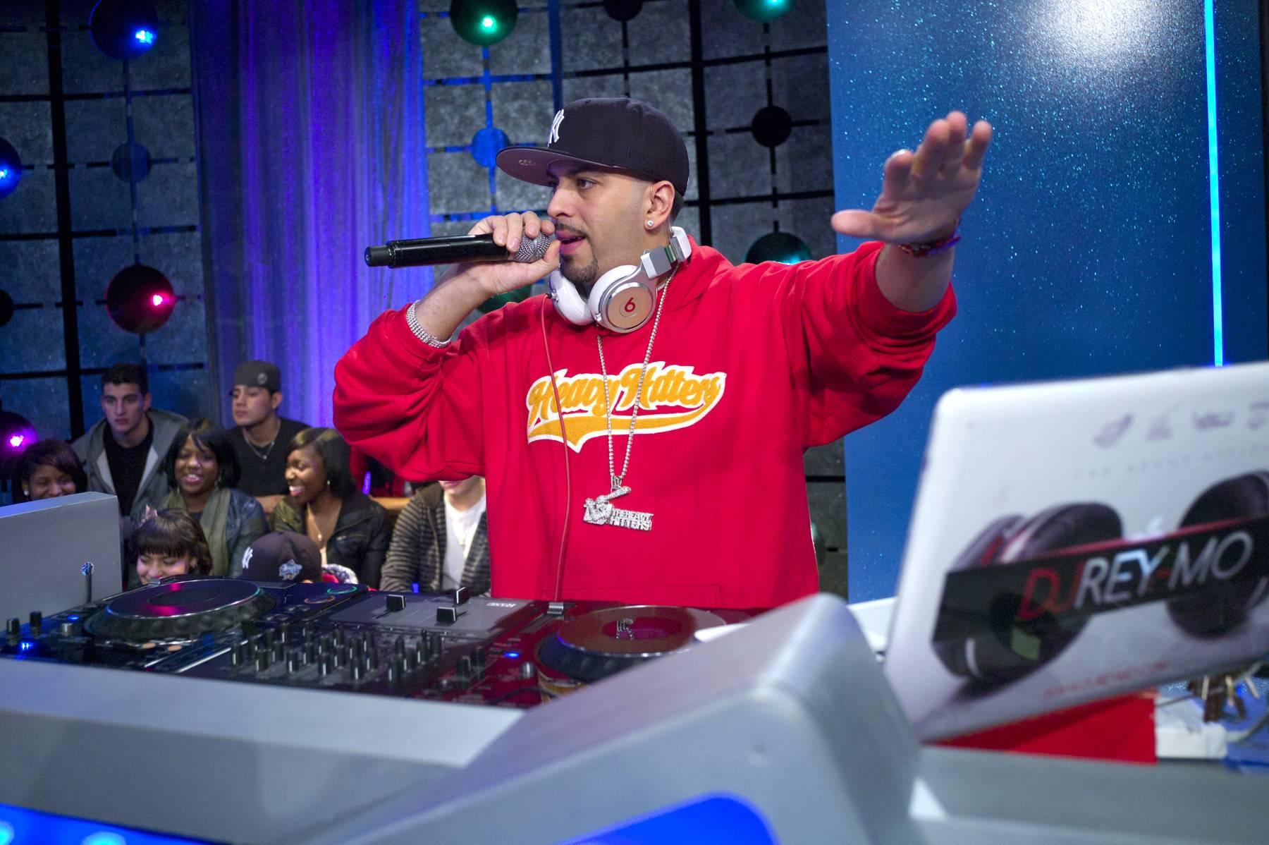 Follow Me - DJ Reymo fires up the crowd at 106 & Park, January 20, 2012. (Photo: John Ricard / BET)