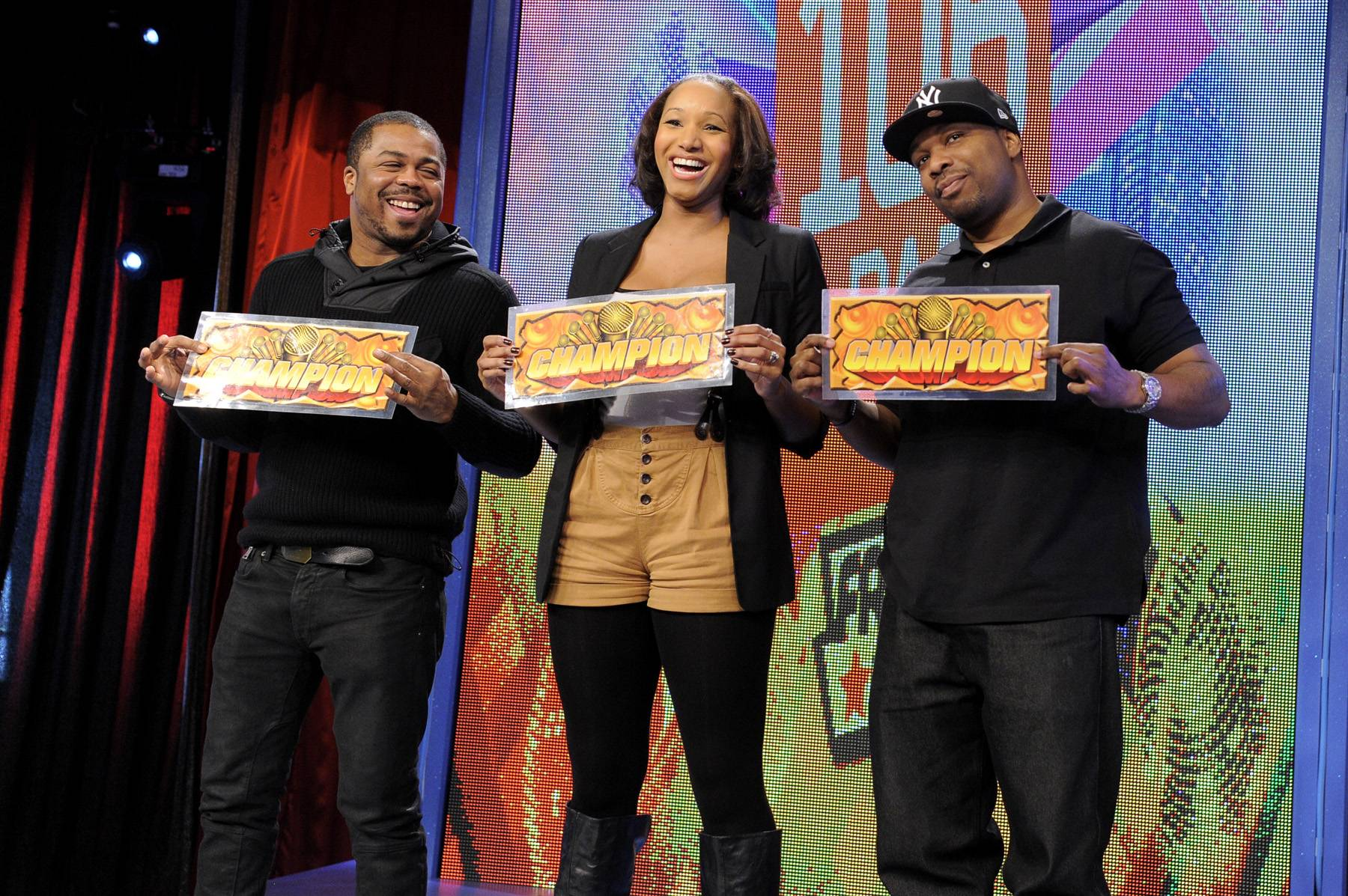 Give It to the Champ - Freestyle Friday judges Just Blaze, Amber McKynzie and DJ Scratch vote for the champion at 106 & Park, January 20, 2012. (Photo: John Ricard / BET)