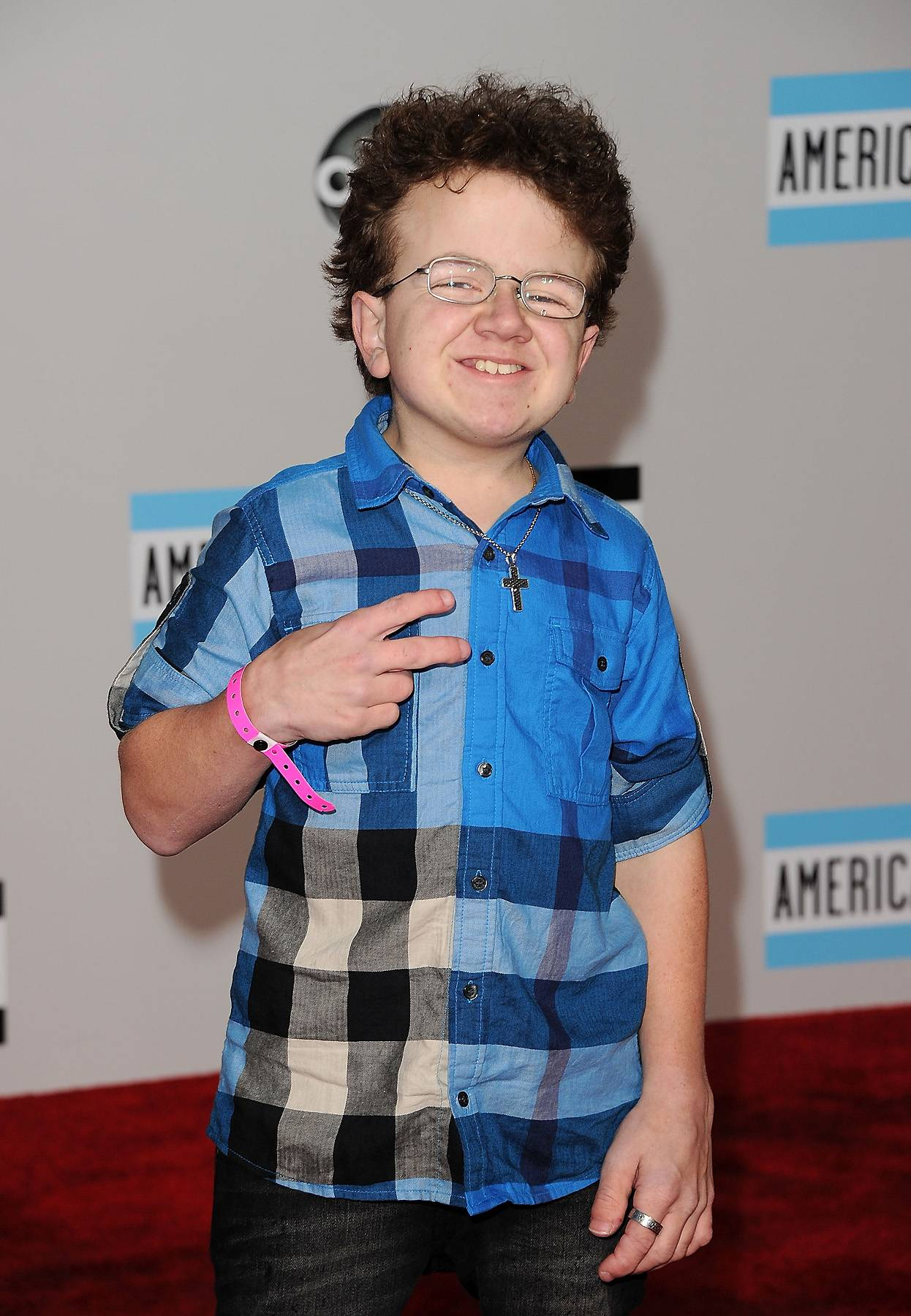 011912-shows-lets-stay-together-you-tube-keenan-cahill.jpg