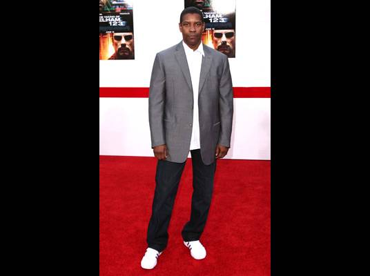 """Denzel on Thursday - The movie star gives the livest audience a sneak peek at his new film, """"Pelham 123"""".  <a href=""""http://blogs.bet.com/entertainment/whattheflick/trailer-for-new-denzel-movie/"""" target=""""_new""""><u>Watch the trailer</u></a>!"""