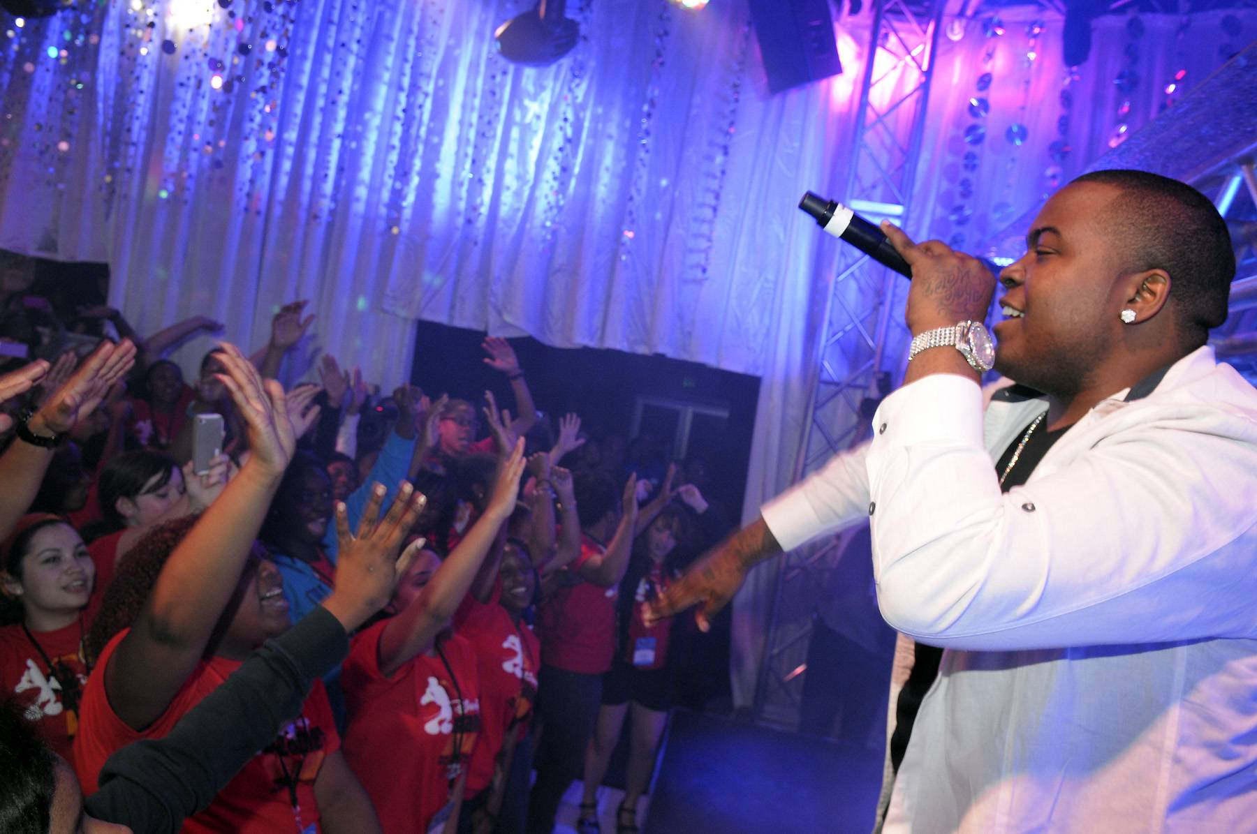 Platinum Status - Platinum-selling recording artist Sean Kingston surprised the Dreamers with a performance of his reggae-infused hits on March 10. (Photo: Phelan Ebenhack)