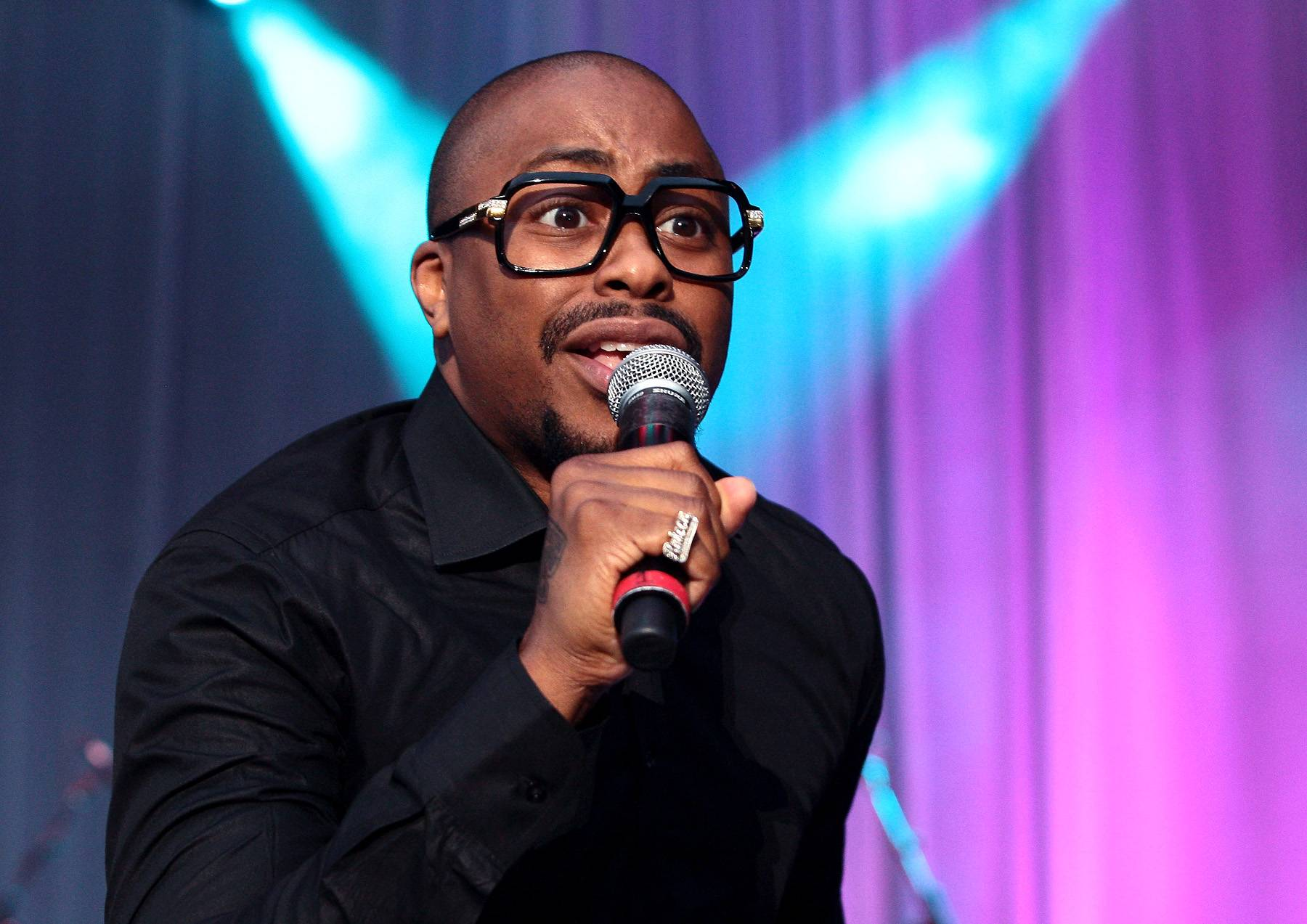 """Best Independent R&B/Soul Performance: Raheem DeVaughn - """"Love Connection"""" - The acclaimed R&B/soul singer sent fans on a trip to A Place Called Loveland with this Carvin & Ivan produced jam.  (Photo: Mychal Watts/WireImage)"""