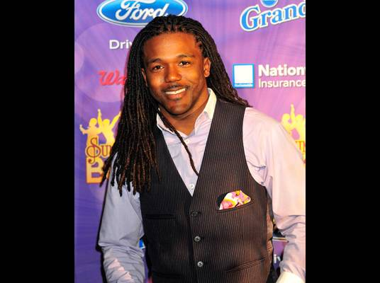 Top 7Dathan Thigpen - <B>Audition City:</B> New Orleans<br><br><B>Current Hometown:</B> Ridgeland, Mississippi</B><br><BR><B>Bio:</B> Born and raised in Mississippi, Dathan is an adjunct professor at Hinds Community College in Jackson, Mississippi. He and his wife are expecting their first child.<br><BR>?As a worship leader, my passion is ushering people into God?s presence, where my prayer is that the anointing will destroy boundaries that keep us apart from each other.?