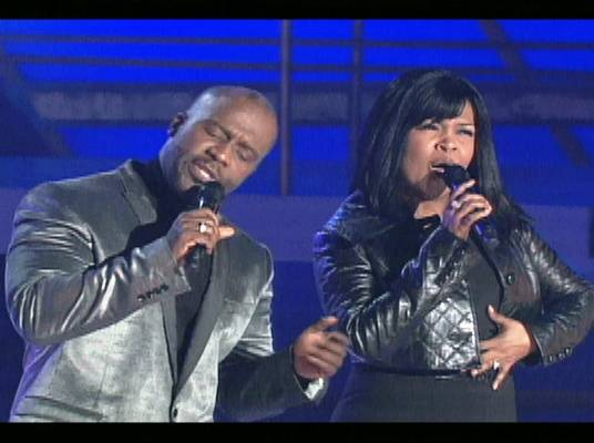 BeBe & CeCe Winans - The siblings feel the spirit in a moving performance.