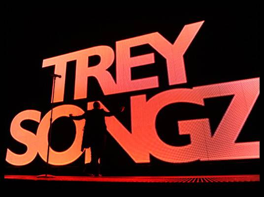 Trey Songz in L.A. - The neighbors might know his name, but in case they don?t, it?s in big, bright lights on the stage screen.