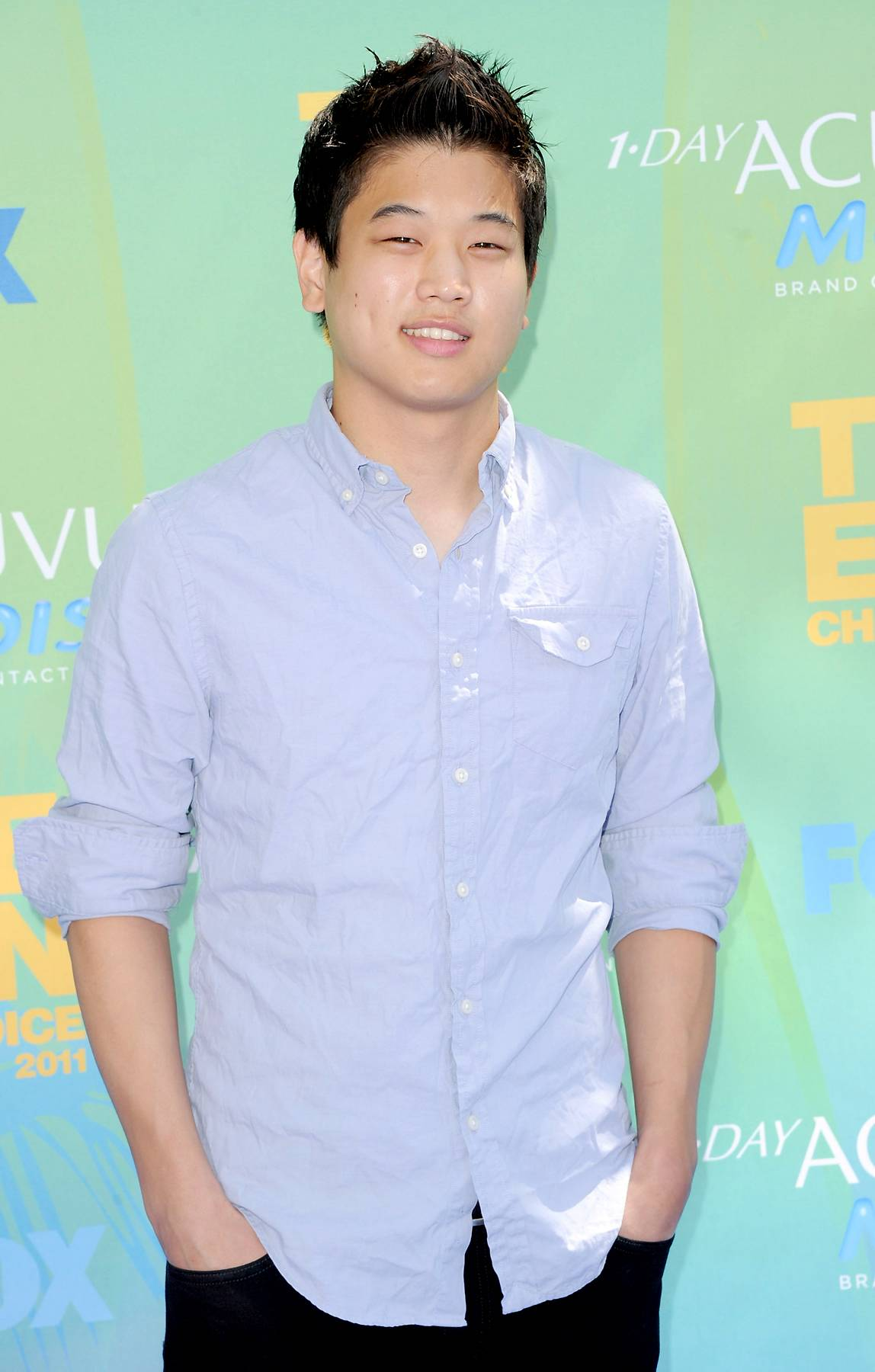 Ki Hong Lee - September 19, 2014 - Actor Ki Hong Lee stopped through along with a few of his castmates to talk about his character in The Maze Runner. Watch a clip now!  (Photo: Jason Merritt/Getty Images)