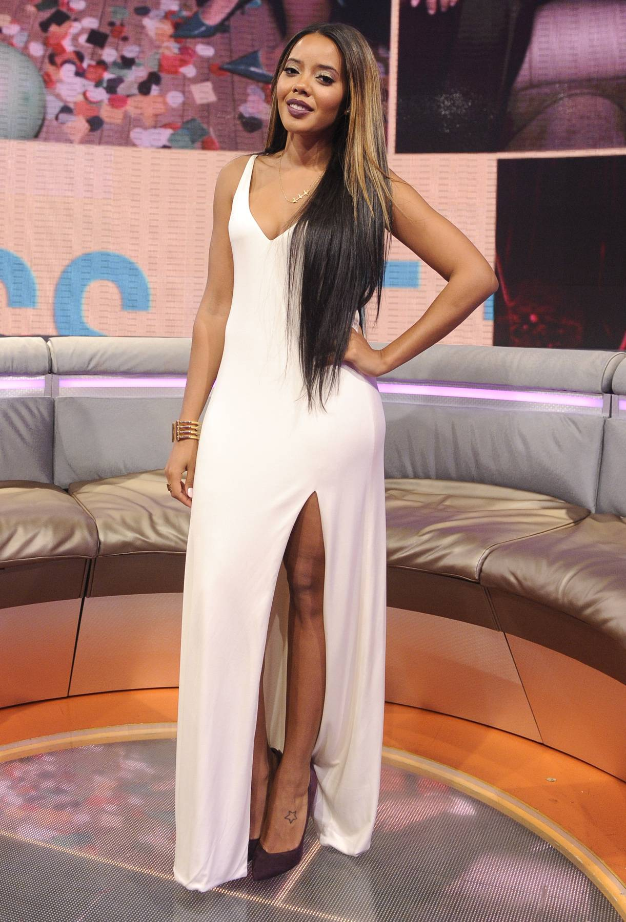 Angela Simmons' Hottest 106 Moments - Angela Simmons is part of the 106 fam and no stranger to being both a guest and a co-host from time to time. With her sense of humor and fashion sense always on point, she continues to set a great example for the Livest Audience.  Click on for Angela Simmons' Hottest 106 Moments and tune in tonight at 6P/5C for Angela co-hosting alongside of her old friend Bow Wow!  (photo: John Ricard / BET)