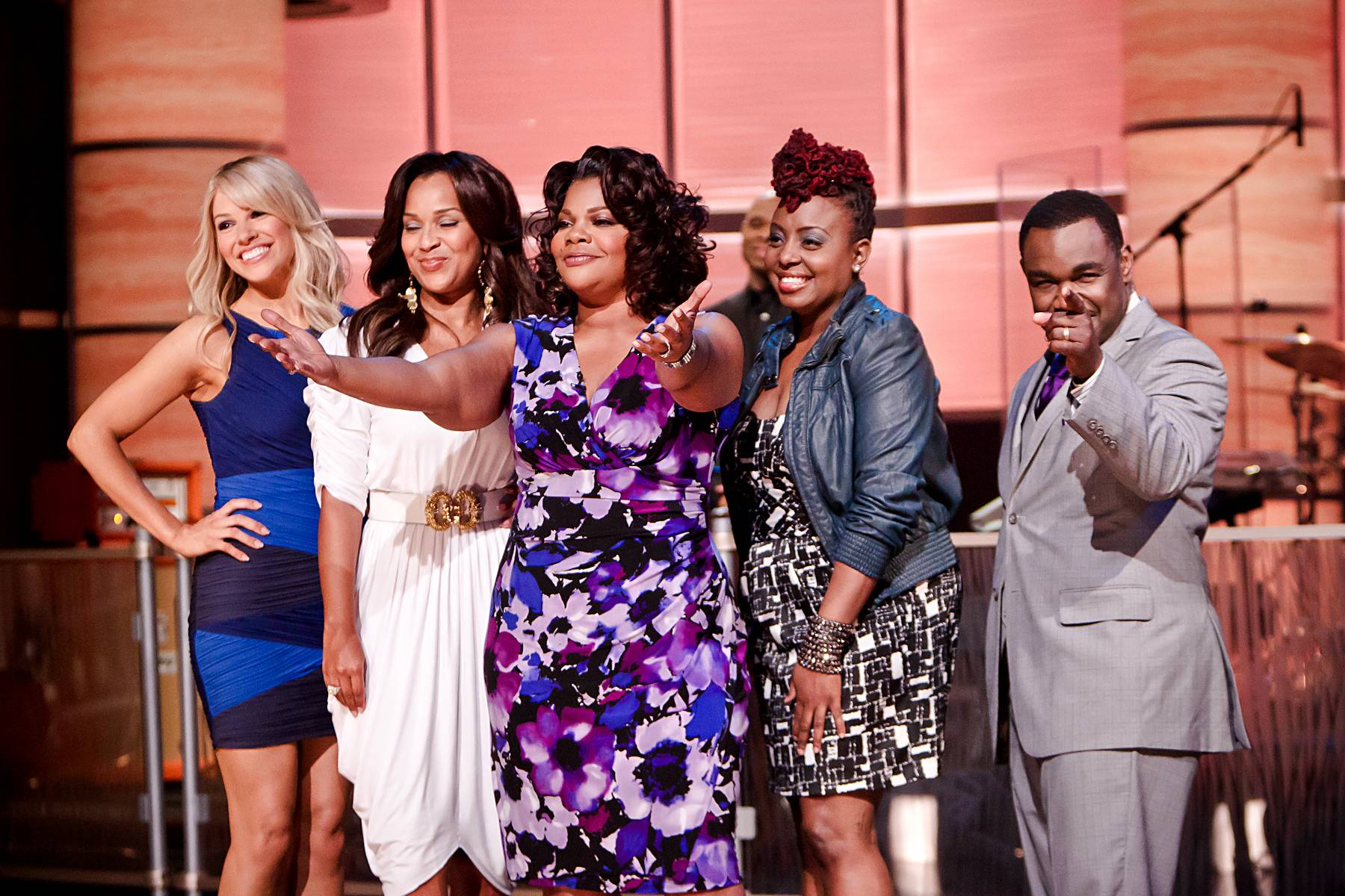 Farewell to Another Great Episode! - From left: Charity Shea, LisaRaye McCoy, Mo'Nique, Ledisi and Rodney Perry.(Photo: Darnell Williams/BET)