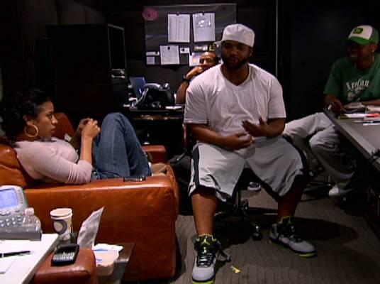 Keyshia Cole - Keyshia in the studio with Polow Da Don and Manny.