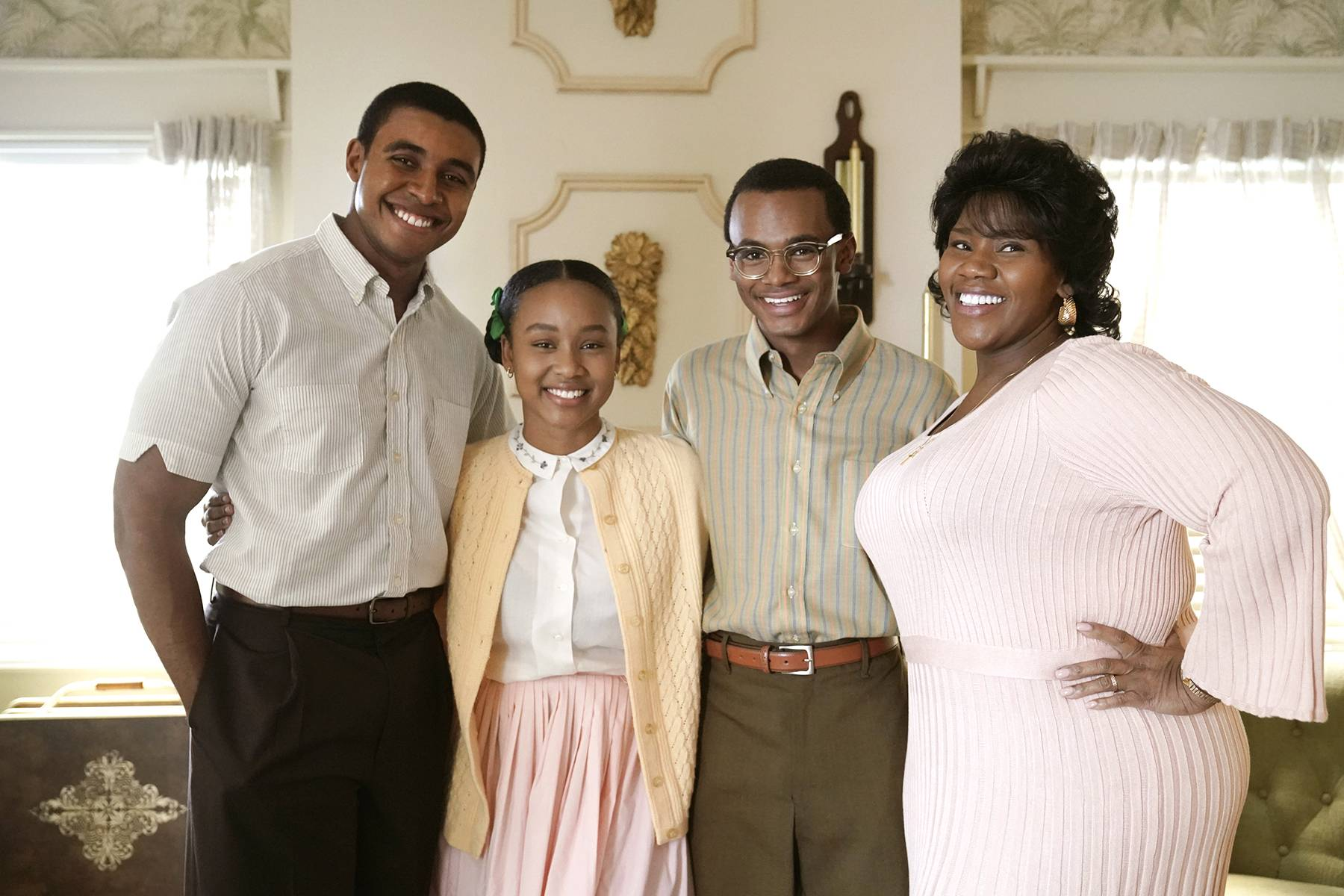 Behind The Scenes With Cast - Katlyn Nichol as Simone Clarke, Jelani Winston as Kendall Clarke, and Kelly Price as Brianne Clarke.