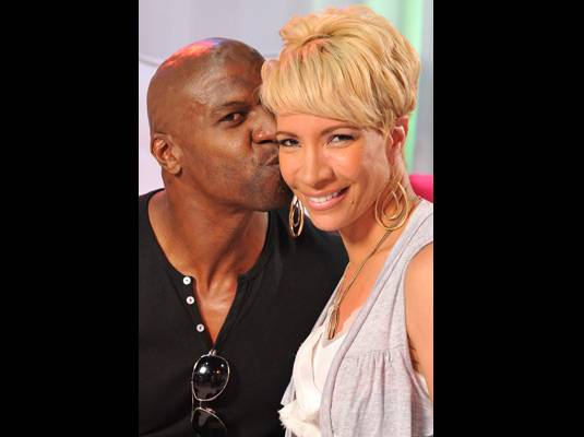 Terry & Rebecca Crews - Fans enjoy the love between Terry and Rebecca. That?s one reason why they?ll be back for a second season of ?The Family Crews.?