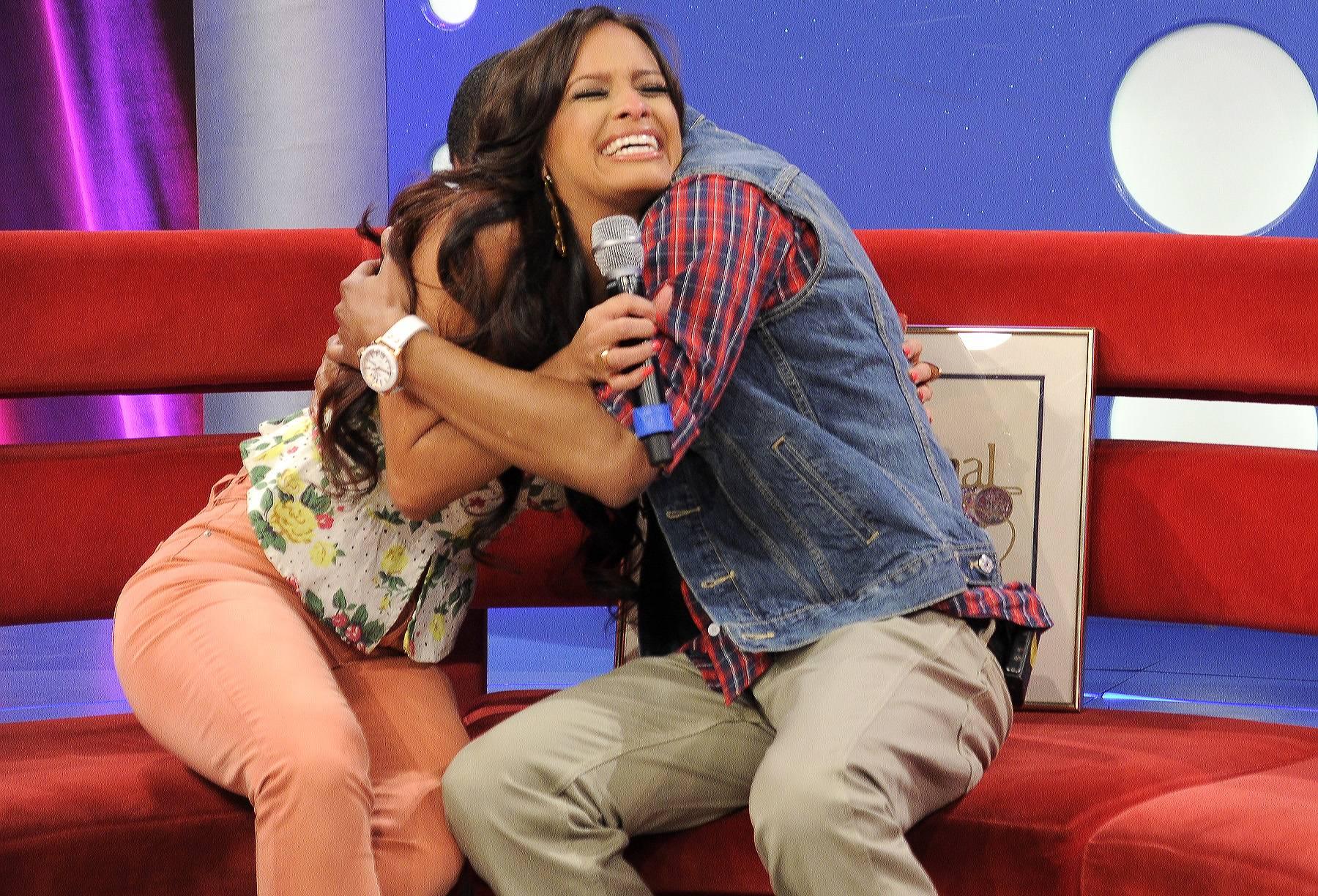 All Hugs - Terrence J shows his appreciated to Rocsi Diaz at 106 & Park, April 20, 2012. (Photo: John Ricard / BET)