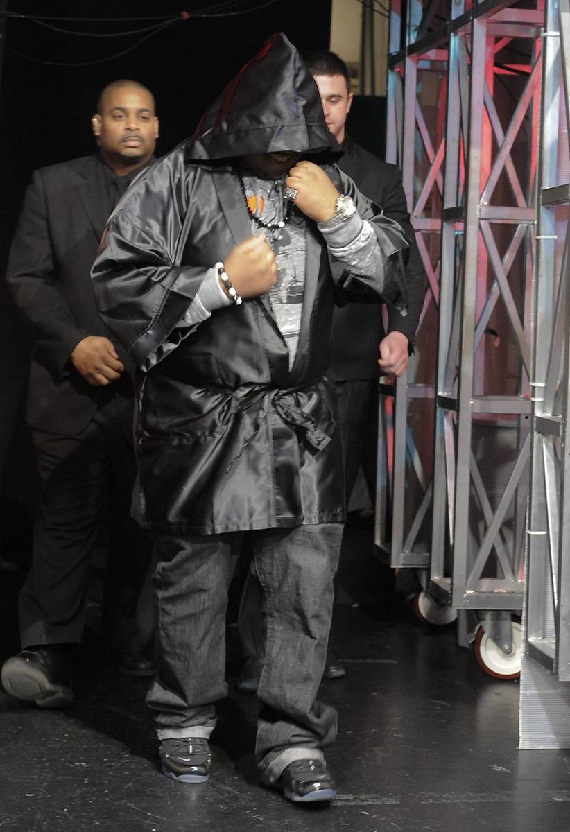 You Better Bring It - Freestyle Friday contestant Relly walks out at 106 & Park, April 6, 2012. (photo: John Ricard / BET)