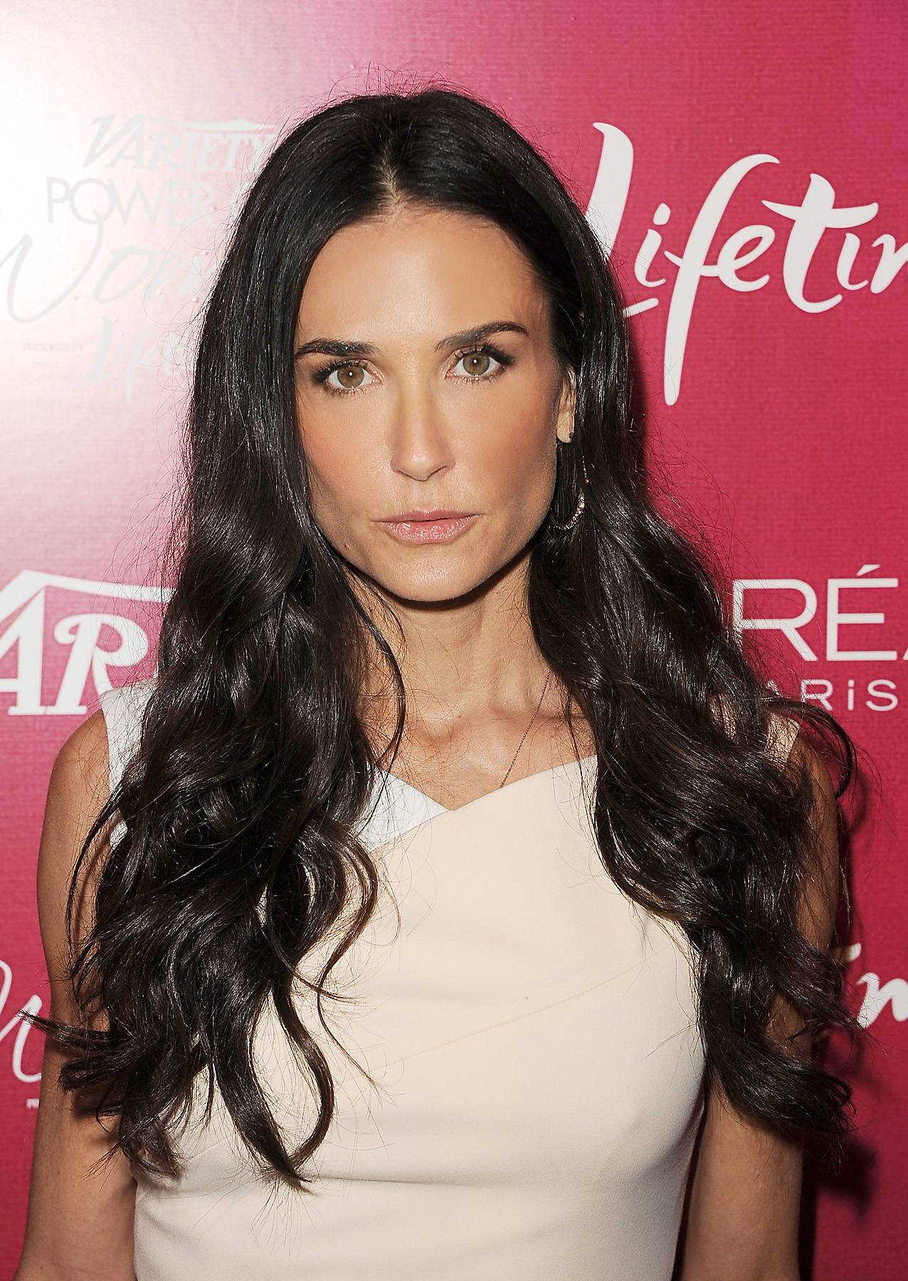 040612-shows-lets-stay-together-cougars-demi-moore.jpg