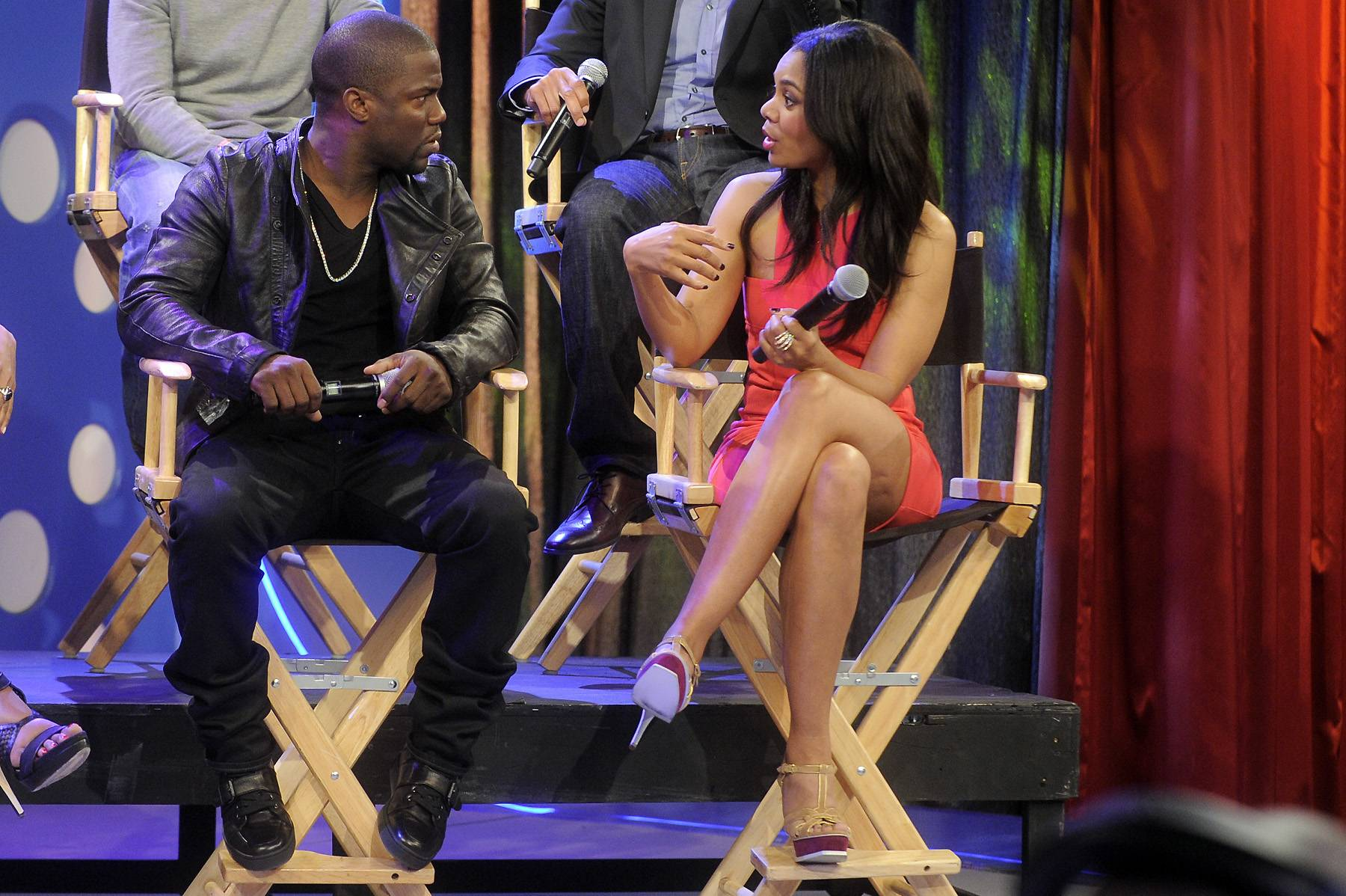 "What? - Kevin Hart and Regina Hall of ""Think Like a Man"" at 106 & Park, April 5, 2012. (photo: John Ricard / BET)"