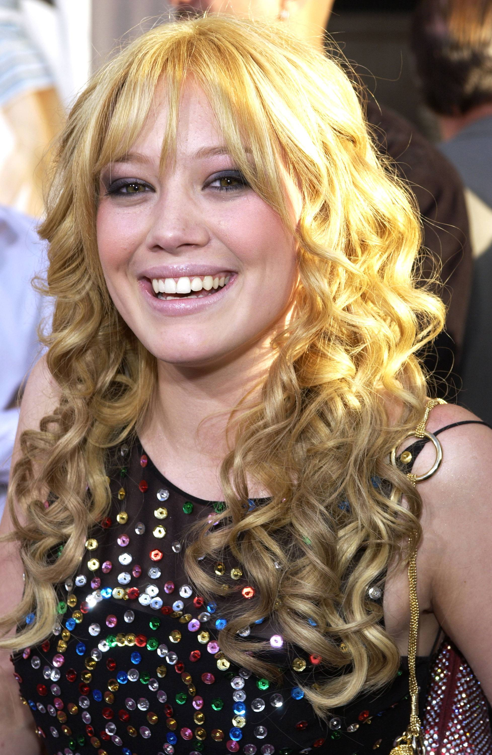 Hilary Duff as Lizzie McGuire in Lizzie McGuire - (Photo: L. Cohen/WireImage via Getty Images)