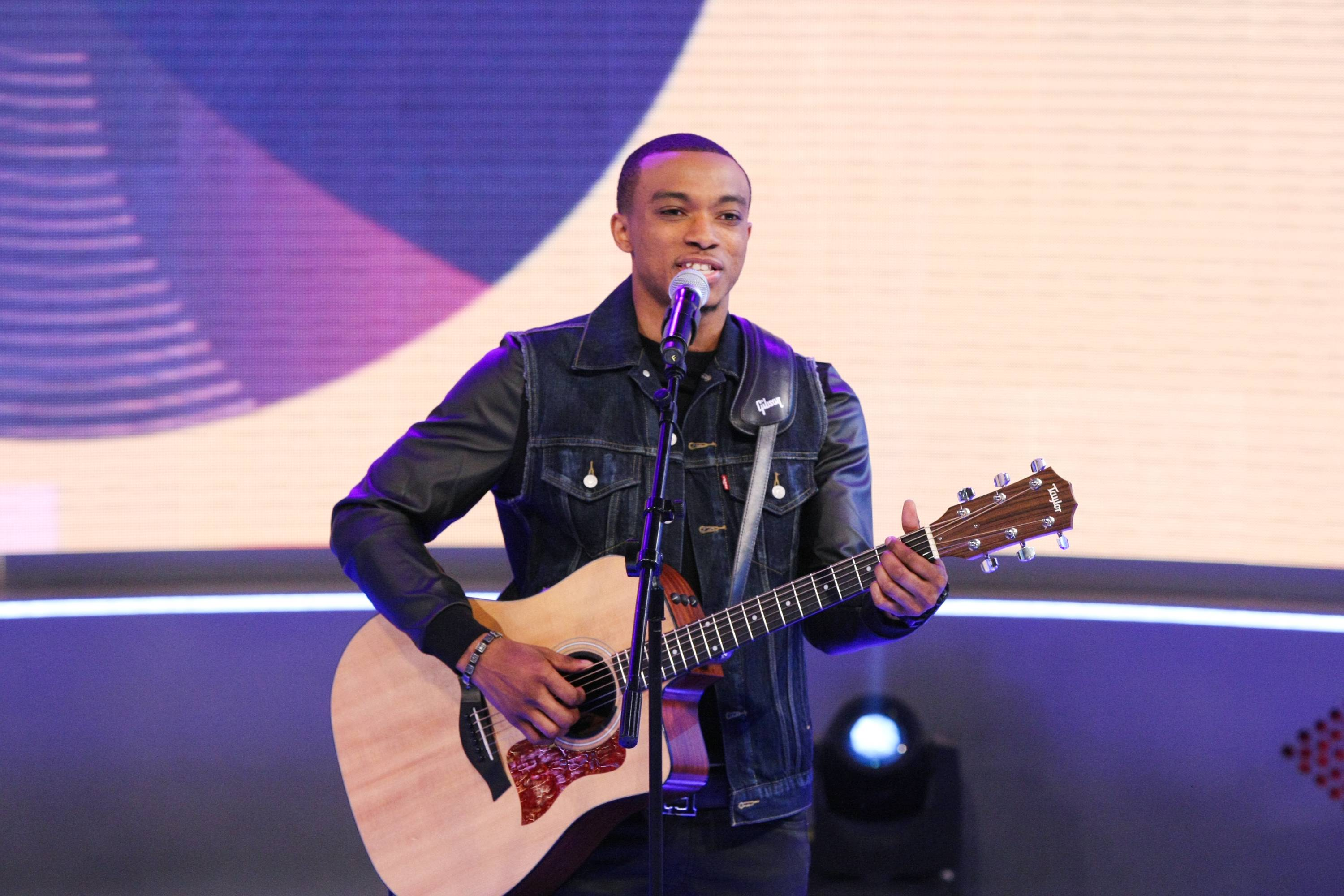 """Jonathan McReynolds - March 31, 2014 - Jonathan McReynoldsshowed us just what love is all about when he performed """"I Love You.""""Watch a clip now! (Photo: Bennett Raglin/BET/Getty Images)"""