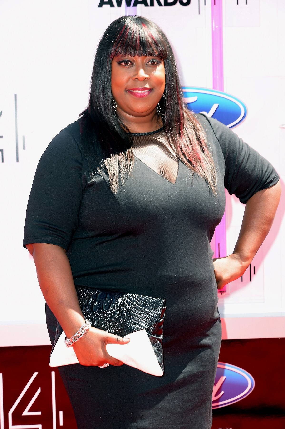 """Loni's Love Advice - Last year Loni released her first book entitled Love Him Or Leave Him But Don't Get Stuck With the Tab. After 20-something years of relationship experience, she's learned to do more than just dish advice, """"[she's] learned to actually follow [her] own..."""" Amen Loni, Amen! (Photo: Earl Gibson III/Getty Images for BET)"""