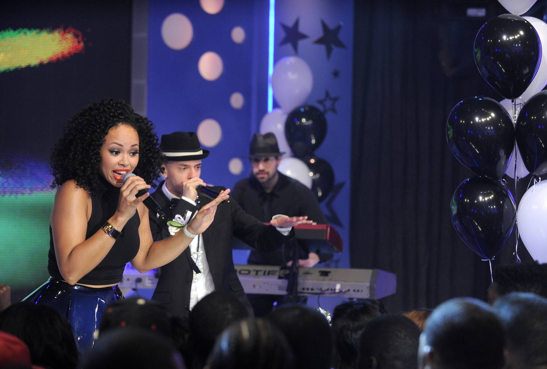 Smooth It Out Now - Elle Varner performs at 106 & Park, May 25, 2012. (Photo: John Ricard / BET)