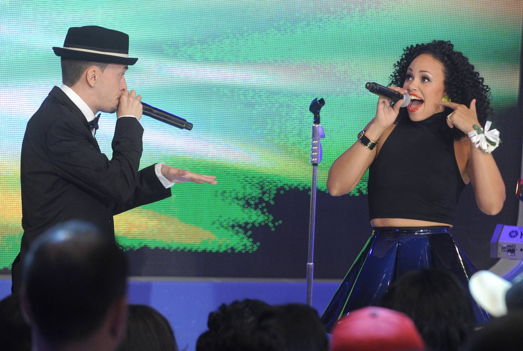 Sing To You - Elle Varner performs at 106 & Park, May 25, 2012. (Photo: John Ricard / BET)