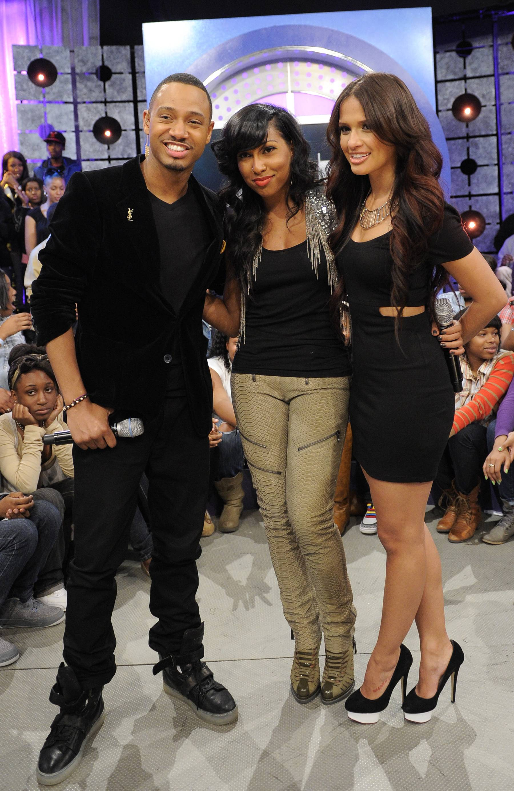 We Are Family! - Melanie Fiona with Rocsi Diaz and Terrence J at 106 & Park, May 22, 2012. (Photo: John Ricard / BET)