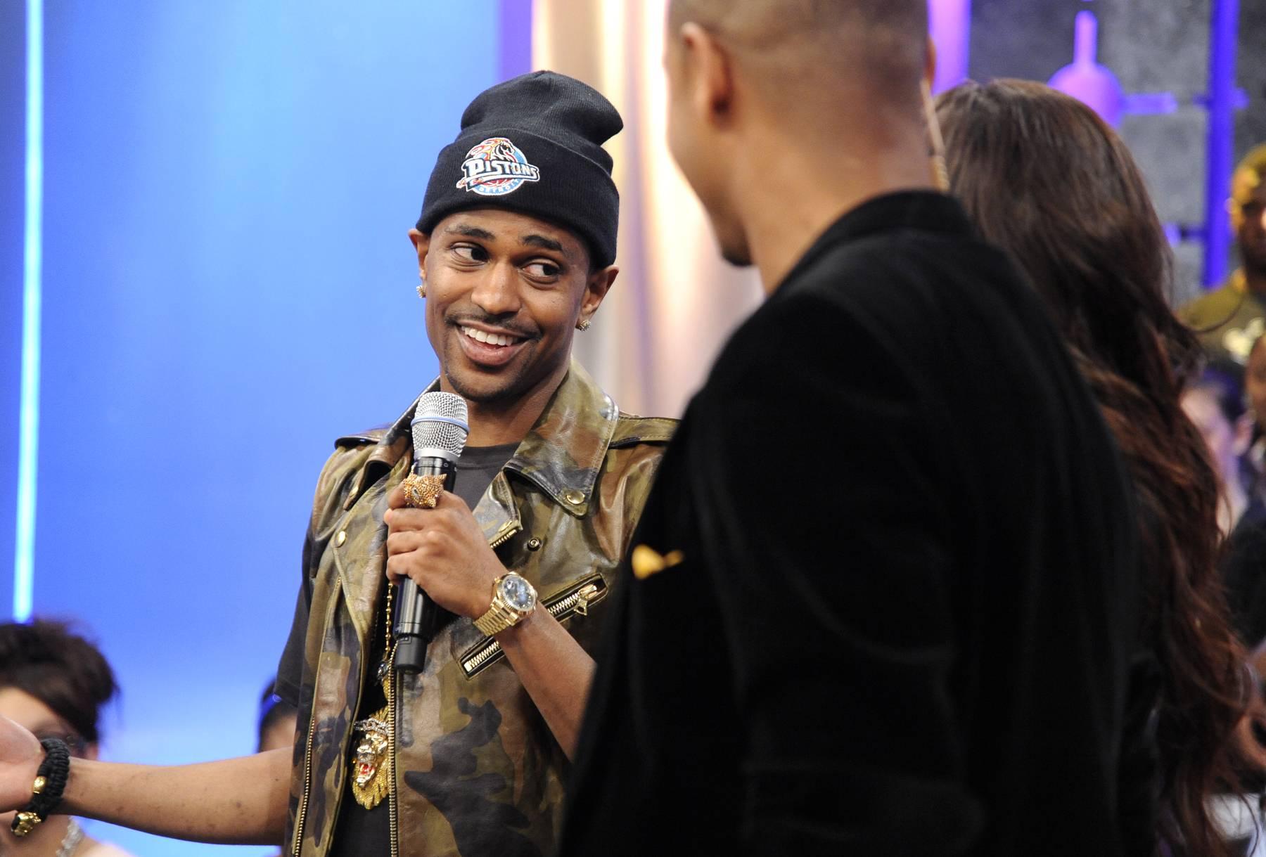A Smile Worth a Million Bucks - Big Sean with Rocsi Diaz and Terrence J at 106 & Park, May 22, 2012. (Photo: John Ricard / BET)