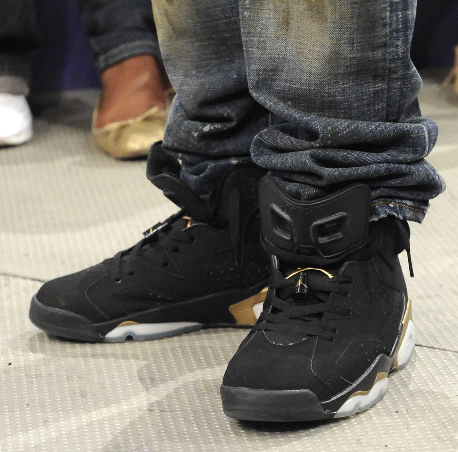 Sneaker Zoom - Diggy Simmons at 106 & Park, May 22, 2012. (Photo: John Ricard / BET)