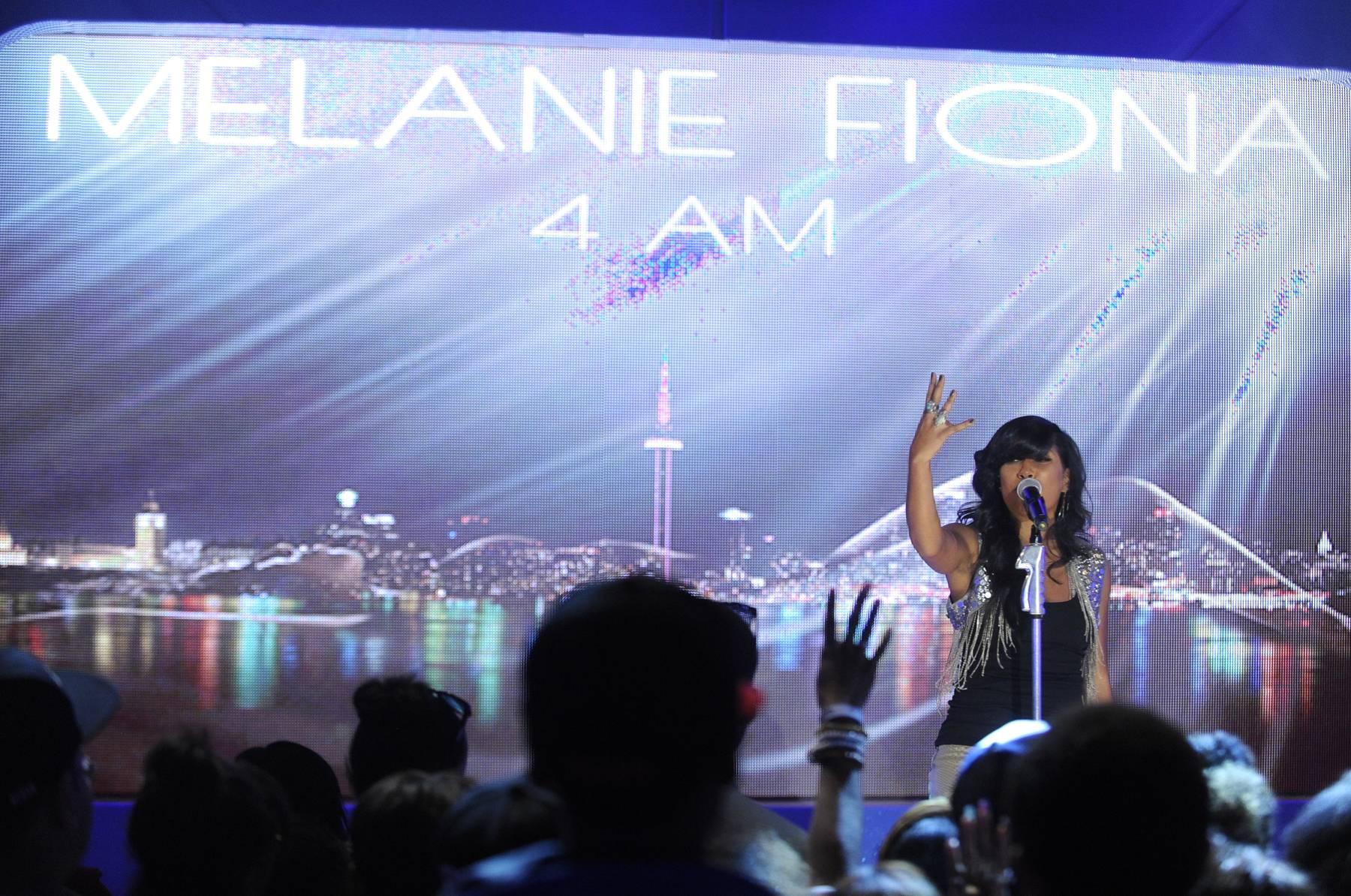 """4 AM"" - Melanie Fiona performs at 106 & Park, May 22, 2012. (Photo: John Ricard / BET)"