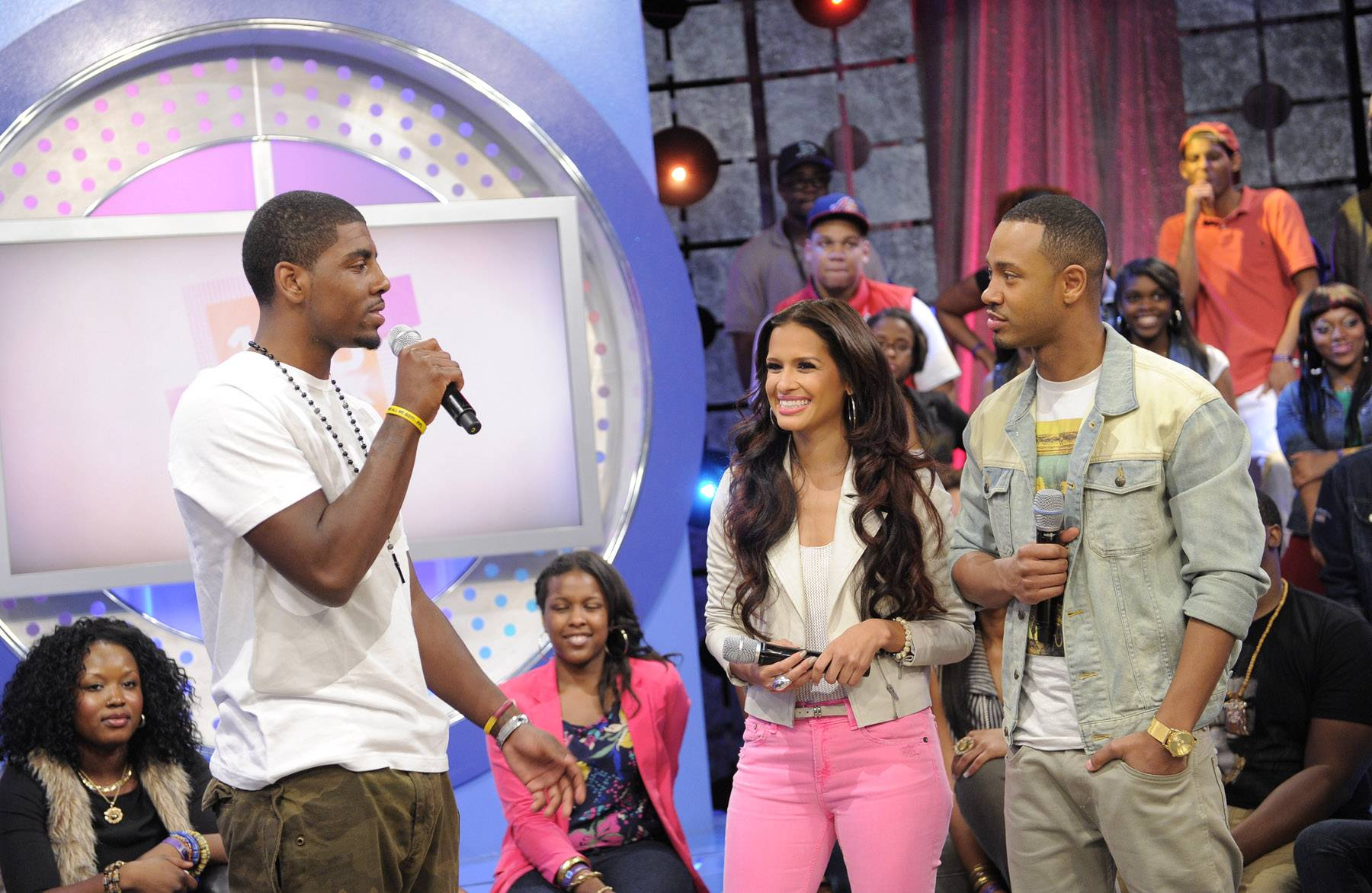 I did it - Kyrie Irving with Rocsi Diaz and Terrence J at 106 & Park, May 16, 2012. (Photo: John Ricard / BET)