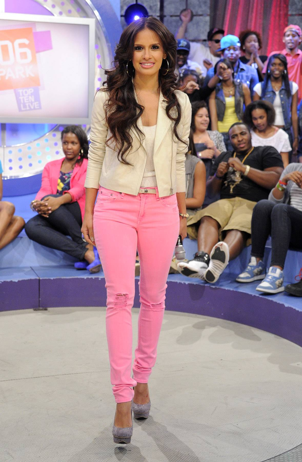 Ripped Jeans - Rocsi kept this outfit simple and let you focus on her lavender studded platform heels.(Photo: John Ricard/BET)