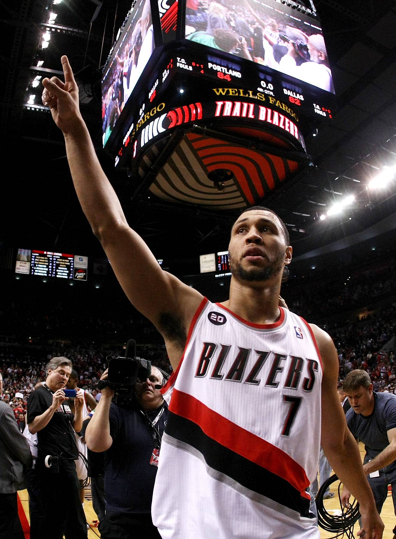 Brandon Roy - The 2006-2007 Rookie of the Year was Brandon Roy. He was raised in Seattle and went to the University of Washington before entering the draft. Since becoming a member of the NBA, he's definitely left his mark and has a bright future ahead of him.(Photo: Jonathan Ferrey/Getty Images)