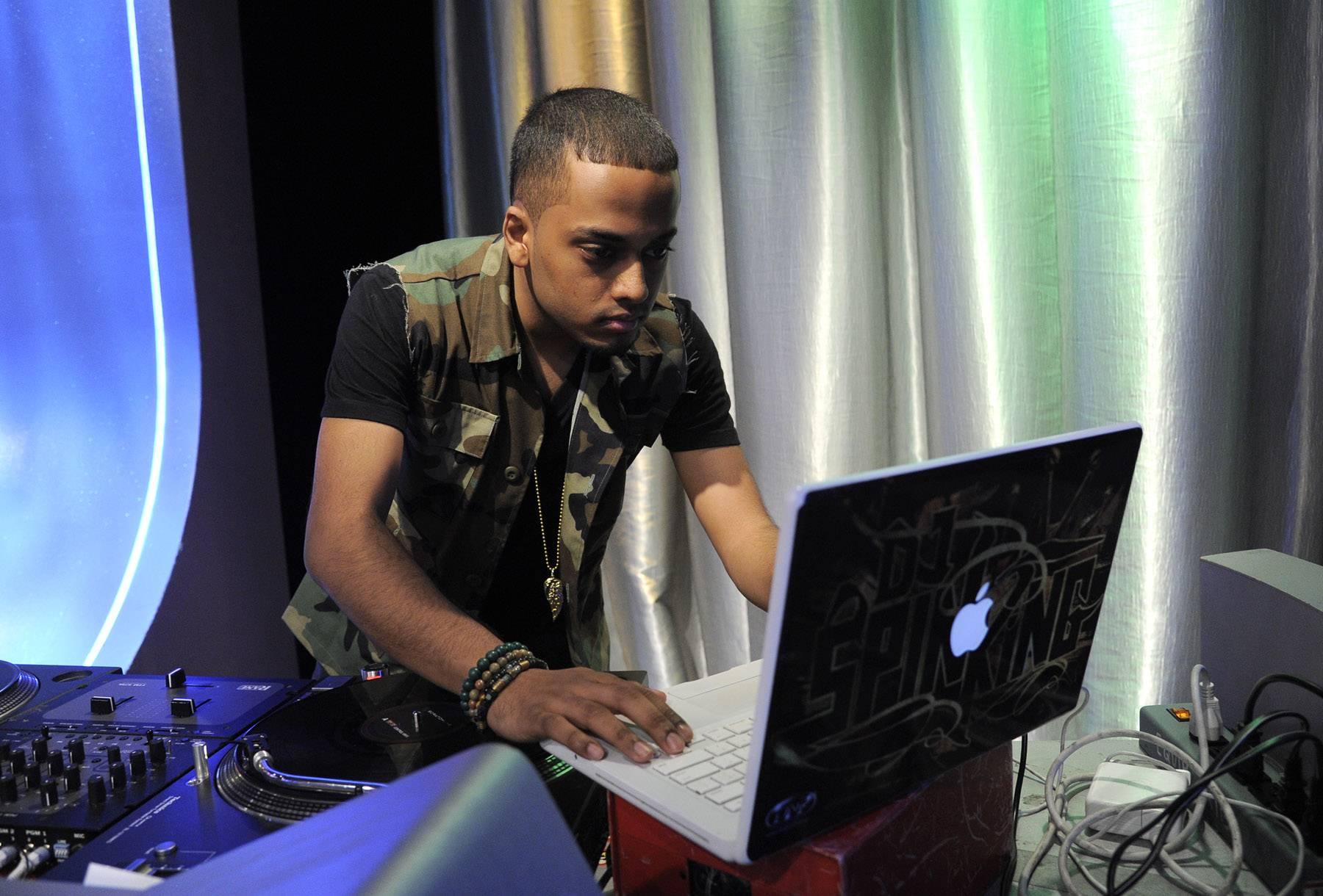 Nice mac. - DJ Spin King at 106 & Park, May 16, 2012. (Photo: John Ricard / BET)