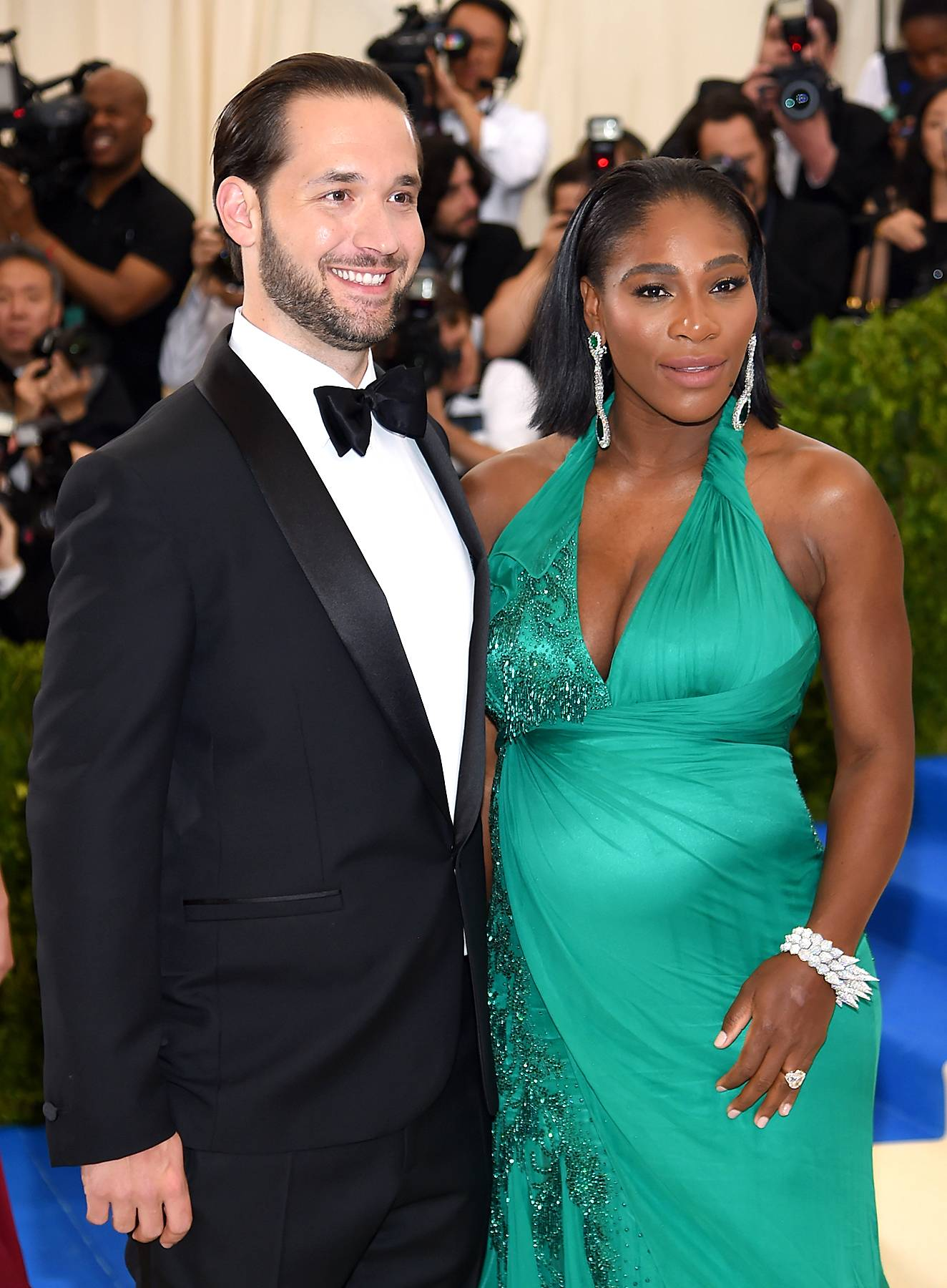 """Alexis Ohanian (L) and Serena Williams attend the """"Rei Kawakubo/Comme des Garcons: Art Of The In-Between"""" Costume Institute Gala at Metropolitan Museum of Art on May 1, 2017 in New York City. (Photo: Dimitrios Kambouris/Getty Images)"""