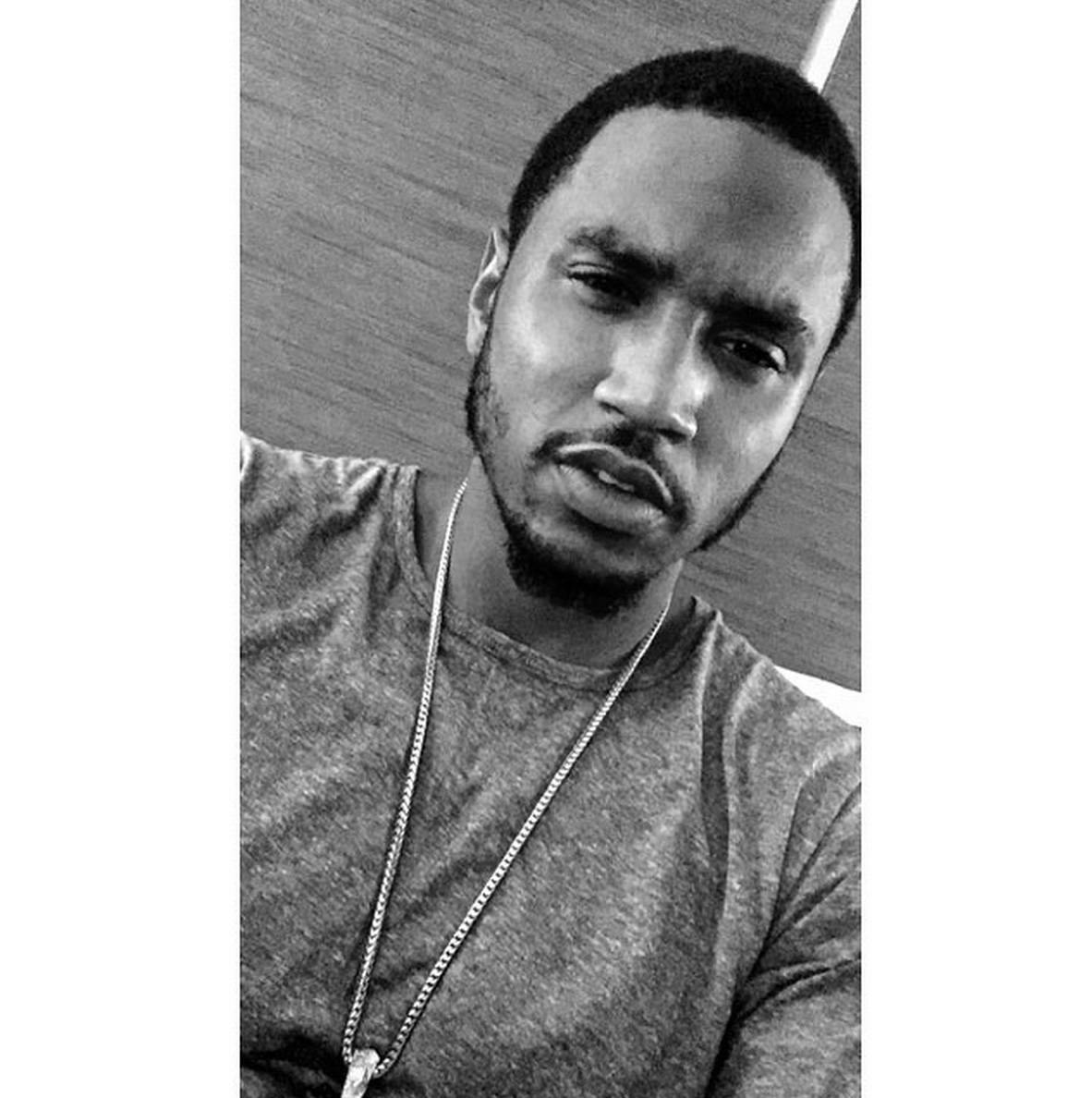 Rustic - Ain't nothing wrong with scruff. (Photo: Trey Songz via Instagram)