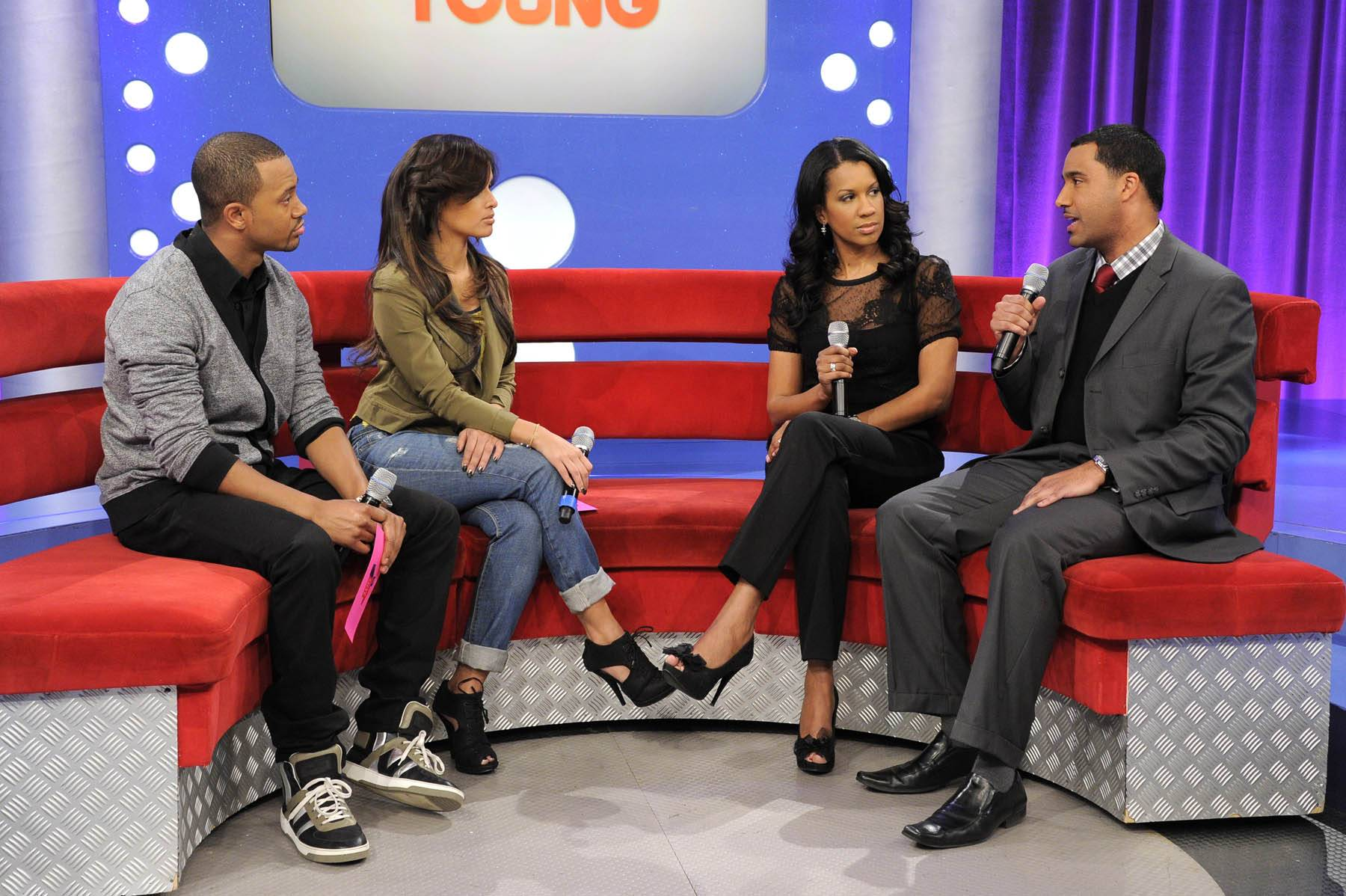 You Can Do It - Terrence J and Rocsi Diaz talk with Dr. Michelle and Dr. Alduan Tarrt about single parenting at 106 & Park, January 30, 2012. (Photo: John Ricard / BET)
