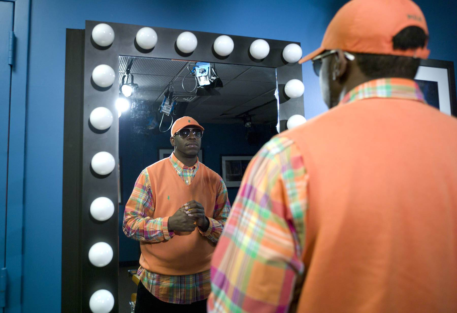 Man in The Mirror - Young Dro in the green room at 106 & Park, January 27, 2012. (Photo: John Ricard / BET)