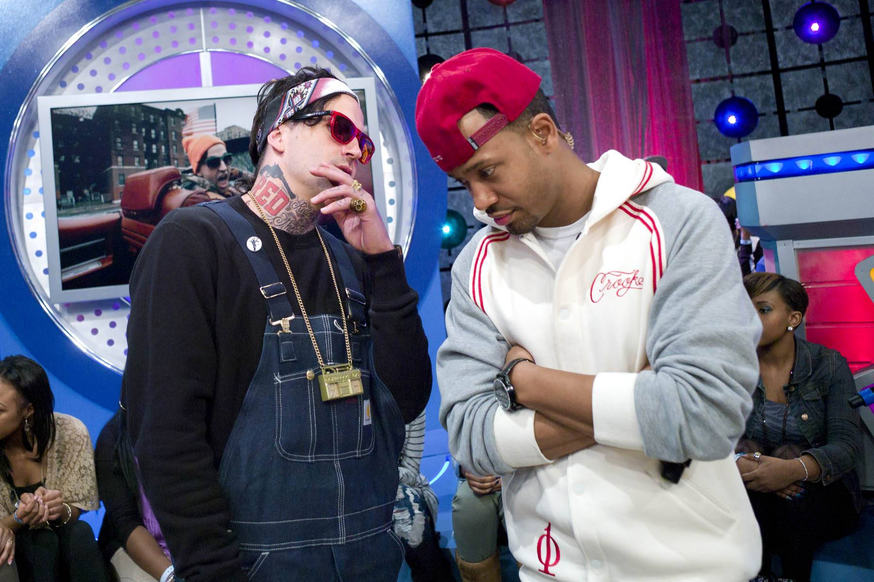 Let Me Tell You - Yelawolf and Terrence J during commercial break at 106 & Park, January 27, 2012. (Photo: John Ricard / BET)