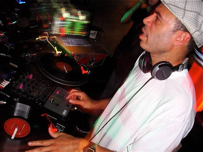 43. DJ Cash Money - Philly forefather Cash Money is credited with pioneering several now-widespread DJ techniques, including the Pee Wee Herman, the chirp scratch, and, along with friendly crosstown rival Jazzy Jeff, the Transformer scratch. No wonder turntable manufacturer Technic made him the first inductee into their Hall of Fame in 1998.  (Photo: Sleeping Bag Records)
