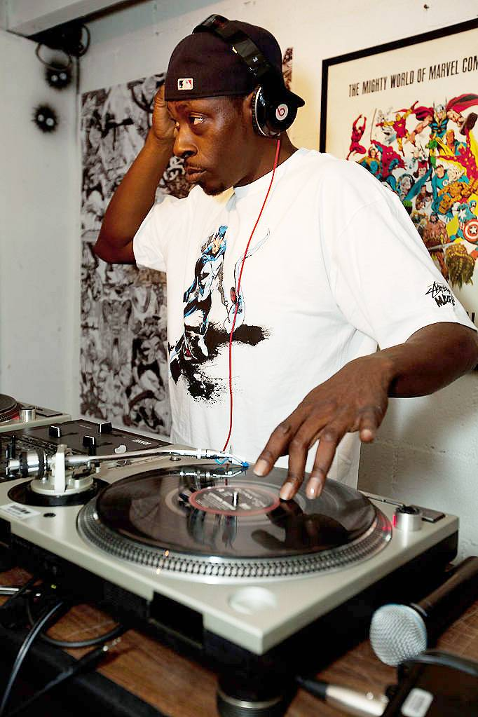 18. Pete Rock - As half of one of the greatest DJ-rapper duos of all time, Pete Rock brought dexterous cuts and his deeply soulful signature production to classics with C.L. Smooth, and also crafted unforgettable beats and remixes for legends including Public Enemy and Nas.  (Photo: Courtesy of WIkiCommons)