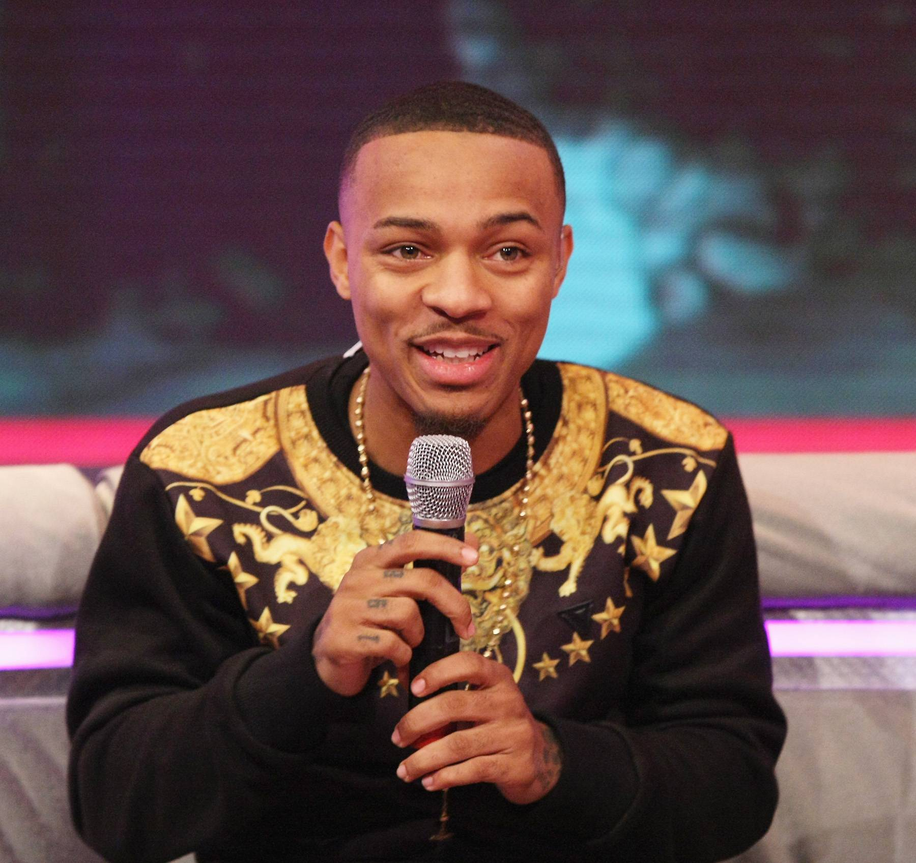 Geeked! - Host Bow Wow enjoying the company of both his co-host Keshia Chante and guest Solange. (Photo: Bennett Raglin/BET/Getty Images for BET)