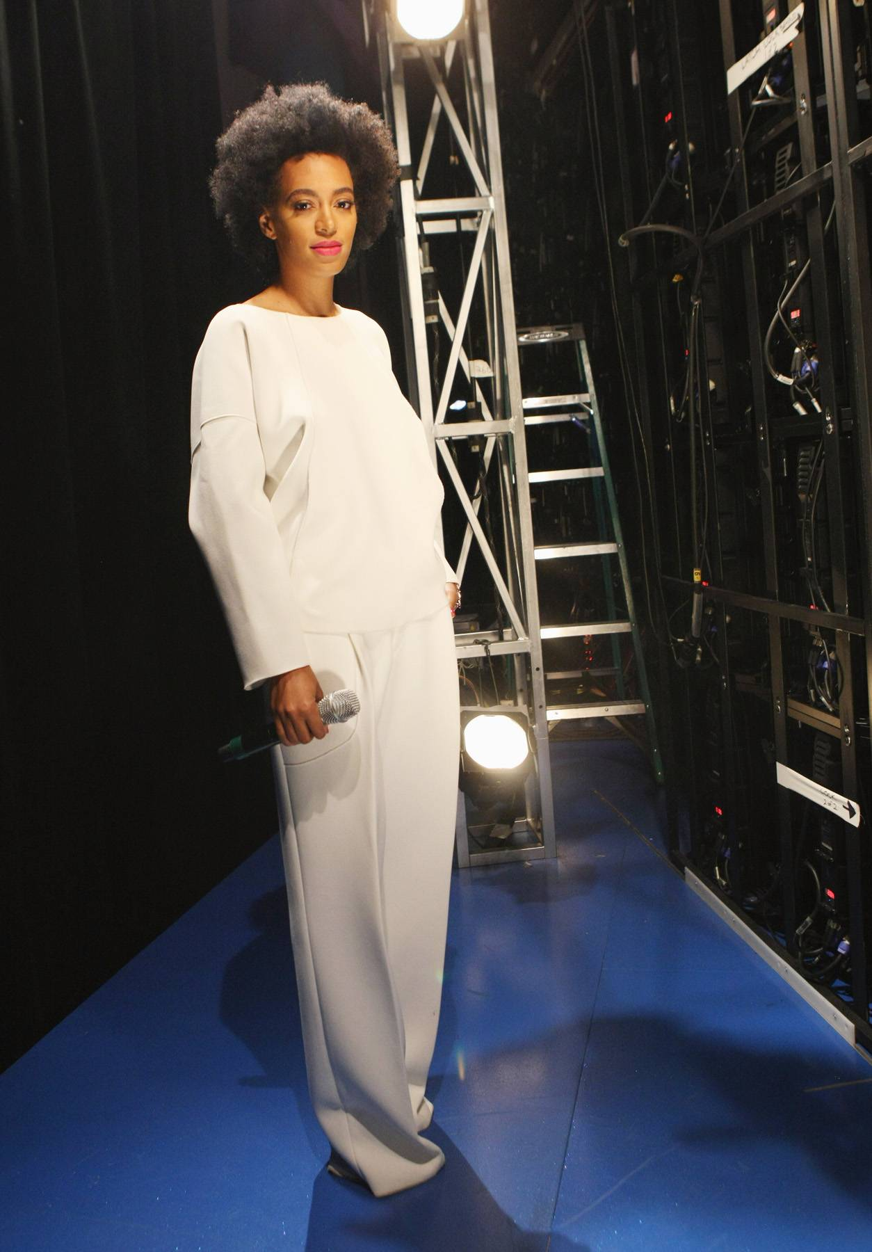 Style Star - Solange poses backstage against a backdrop of lights. (Photo: Bennett Raglin/BET/Getty Images for BET)