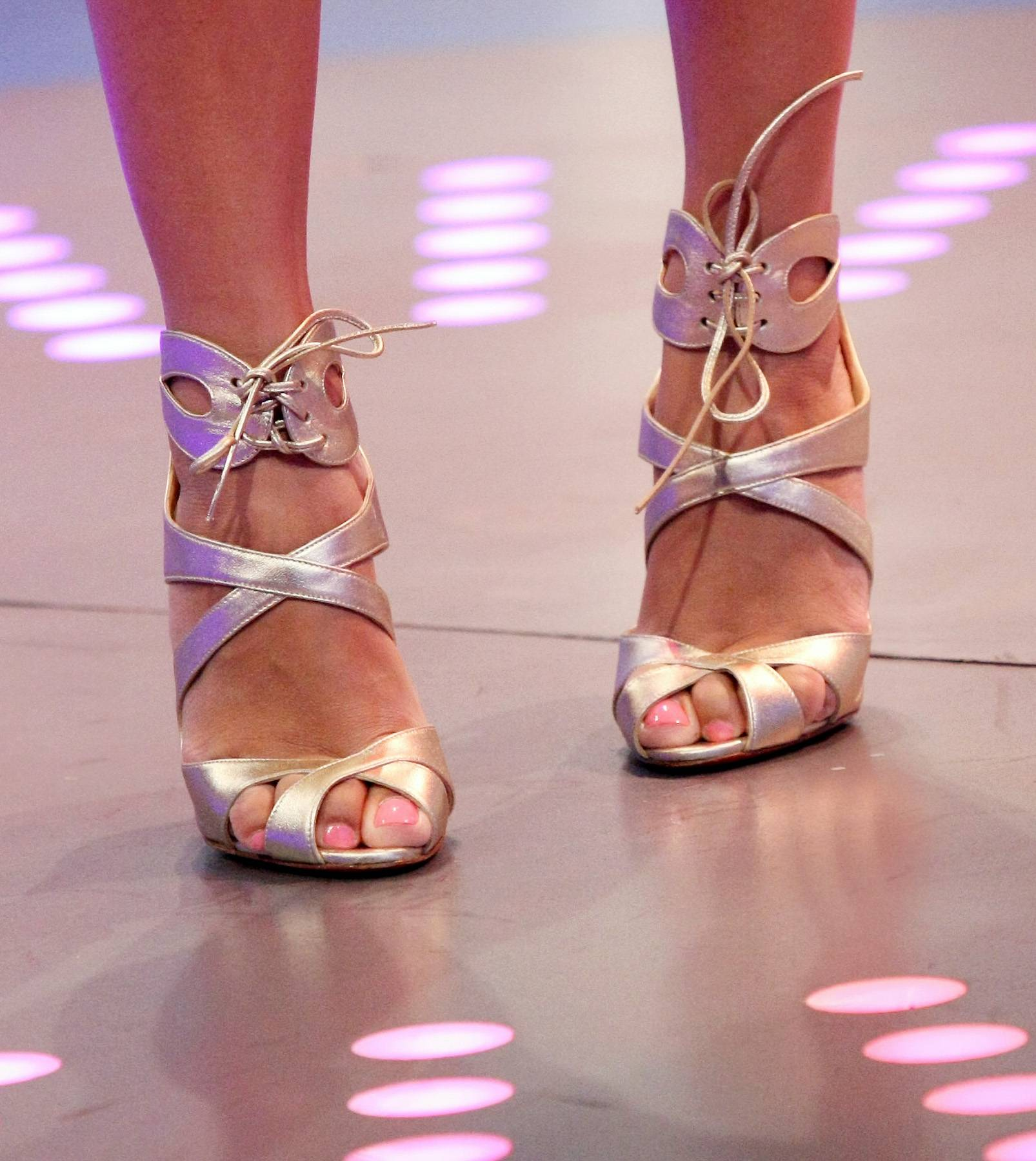 Other Worldly - Keshia Chante wears some gold peep toe shoes while on 106. (Photo: Bennett Raglin/BET/Getty Images for BET)