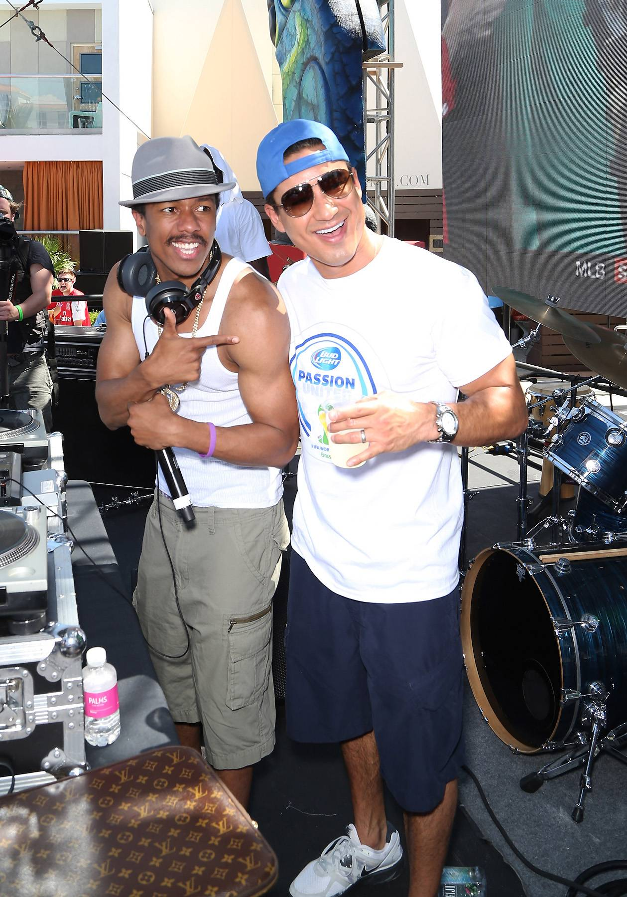 071414-celebs-out-nick-cannon-mario-lopez.jpg