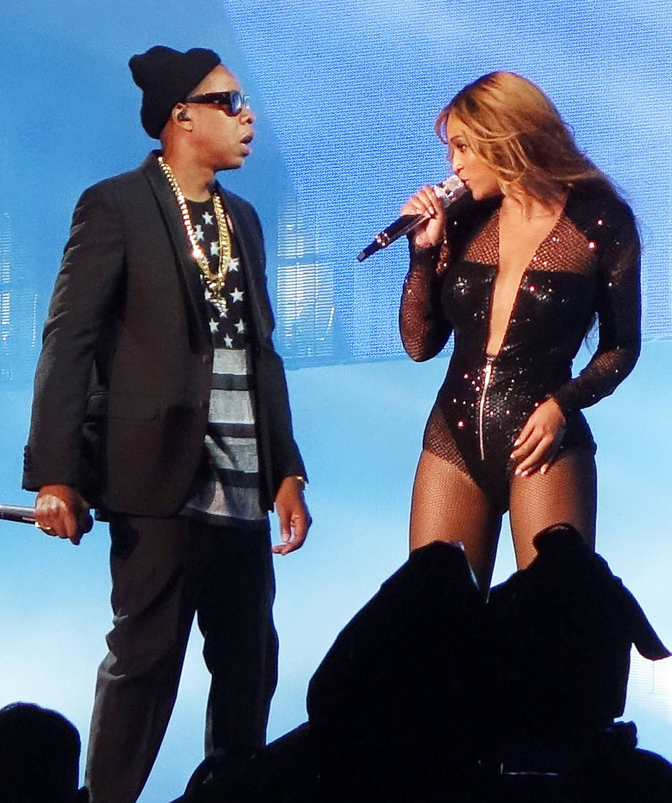 Two Are Better Than One - What happens when two of the world?s biggest music stars get married, start a family, sell out individual tours, then come together for a joint jaunt? As of June 25,Jay Z and Beyonc?are officially On the Run. The power couple announced their 16-city stadium tour in April and kicked it off to a sold-out crowdat Sun Life Stadium in Miami Gardens, Fla. The duo delivered a strategically blended infusion of sexiness, swag, lyricism and vocals like never before in a two-hour, 42-song set. But the Carters aren't the only stars who've linked up to bring a blockbuster bill to a stadium near you. Check out these other unforgettable co-headling tours.(Photo:Jason Winslow / Splash News)