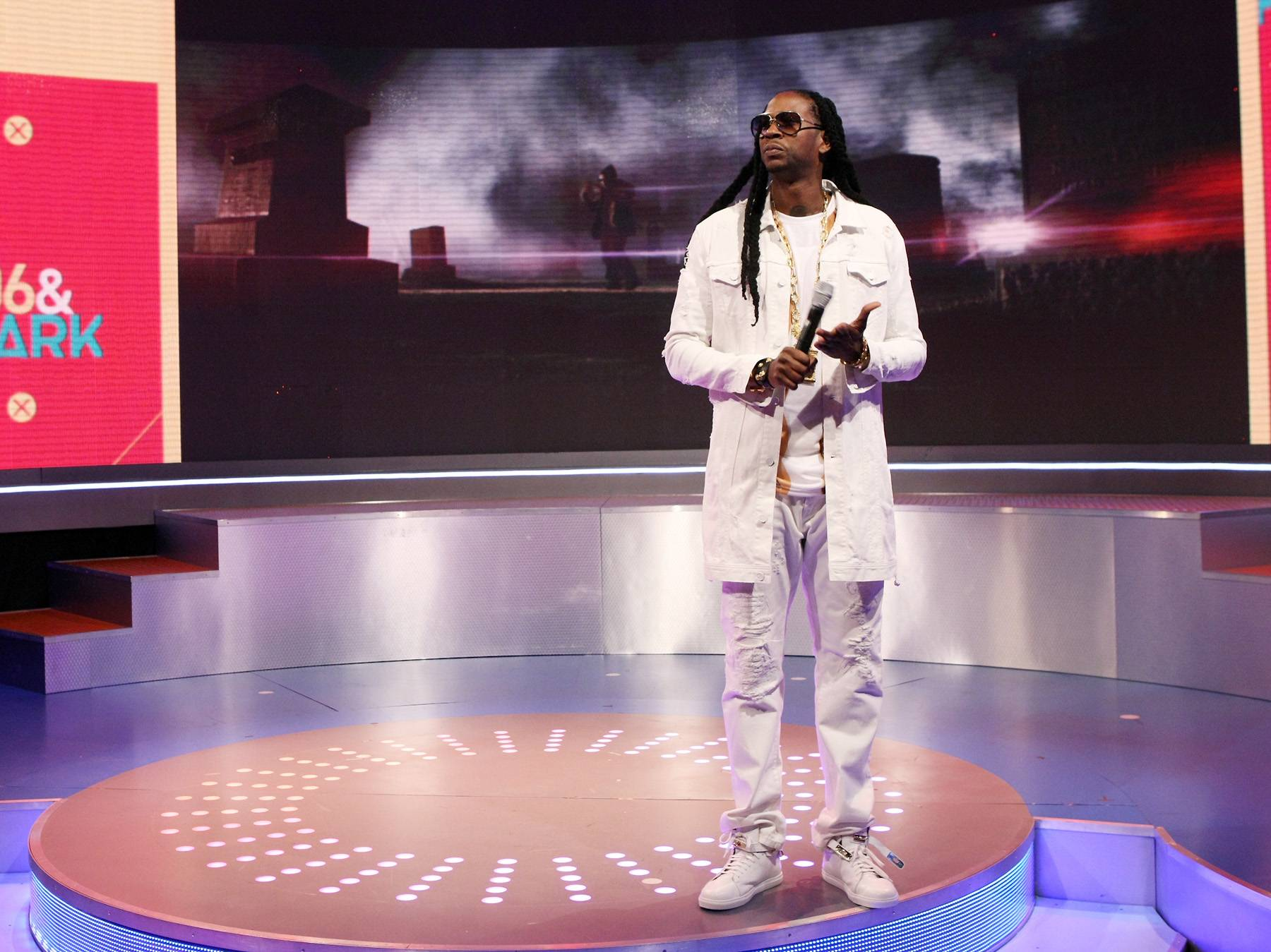 Doves Cry - 2 Chainz looks royal in his white.(Photo: Bennett Raglin/BET/Getty Images for BET)