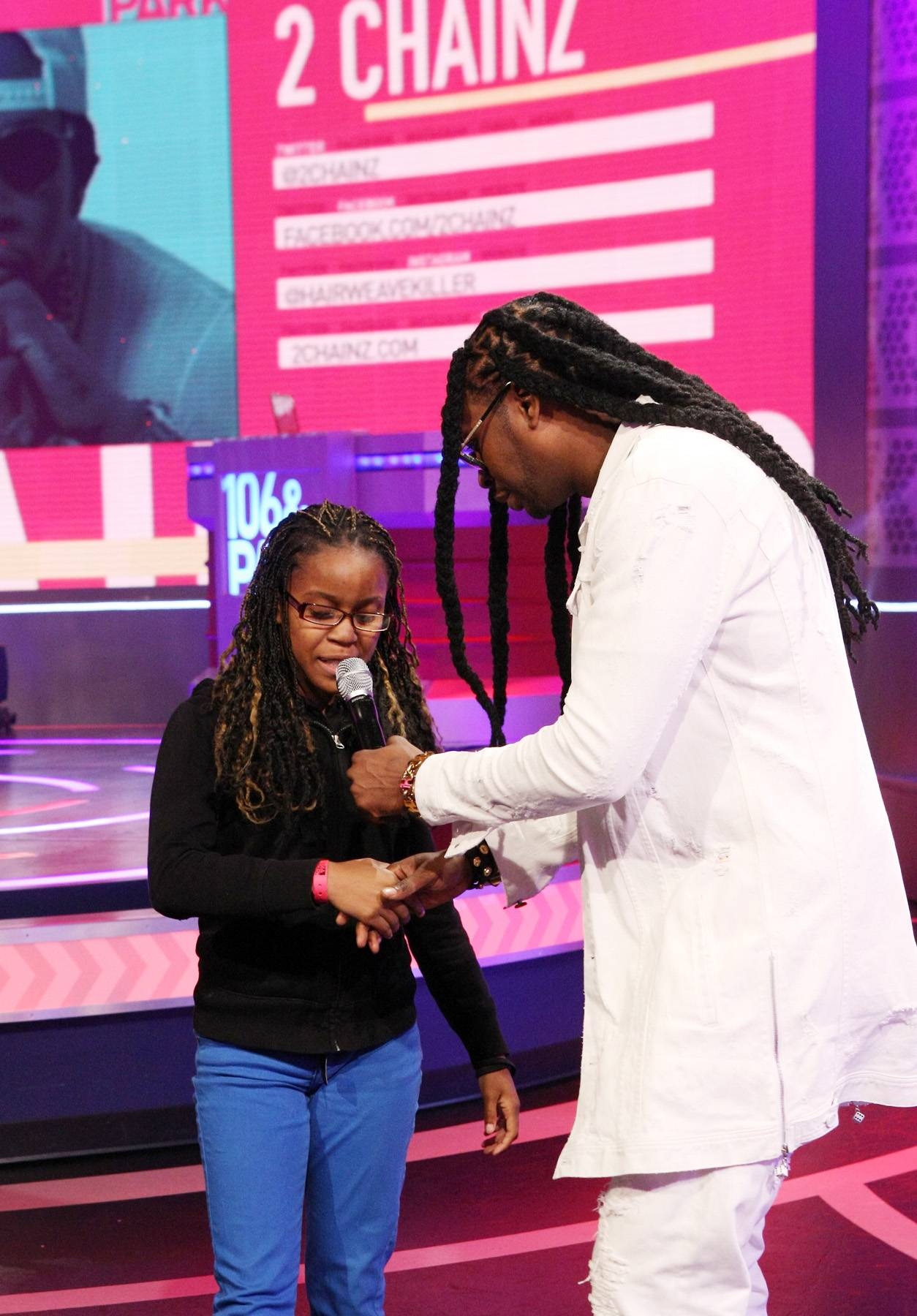One Chance - 2 Chainz shows one of his fans some love.(Photo: Bennett Raglin/BET/Getty Images for BET)