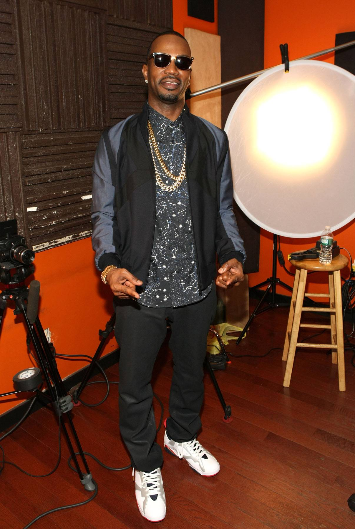 White Collar Swag - Juicy J mixes corporate office attire with that Tennessee swag. (Photo: Bennett Raglin/BET/Getty Images for BET)