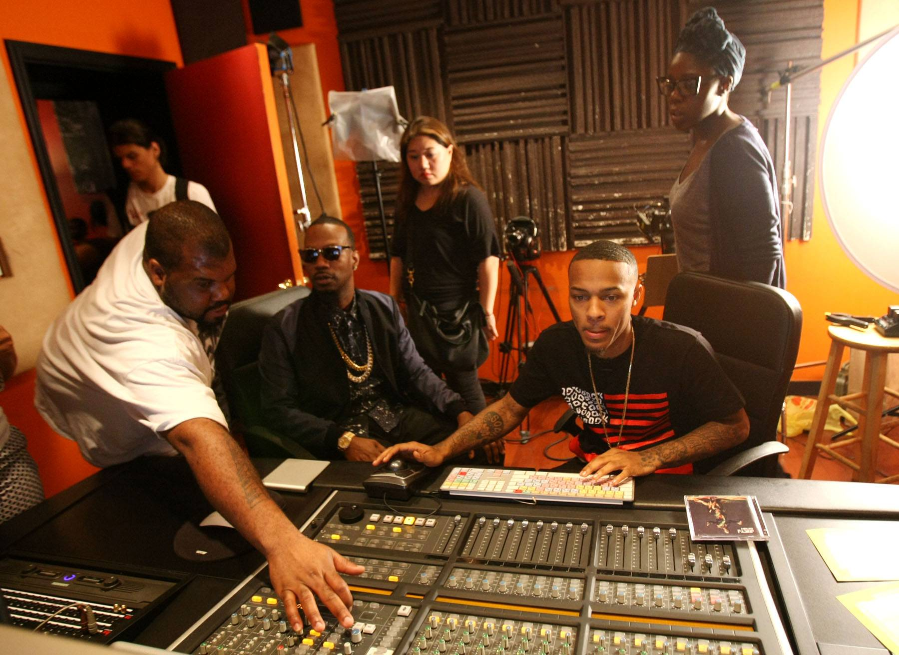 Making Heat - Juicy J and Bow Wow in the studio on 106. (Photo: Bennett Raglin/BET/Getty Images for BET)